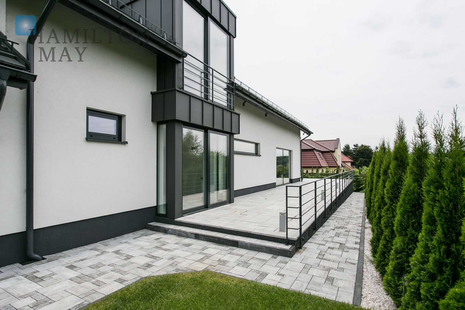 A luxurious house available for sale in the green and peaceful part of Wola Justowska Krakow for sale