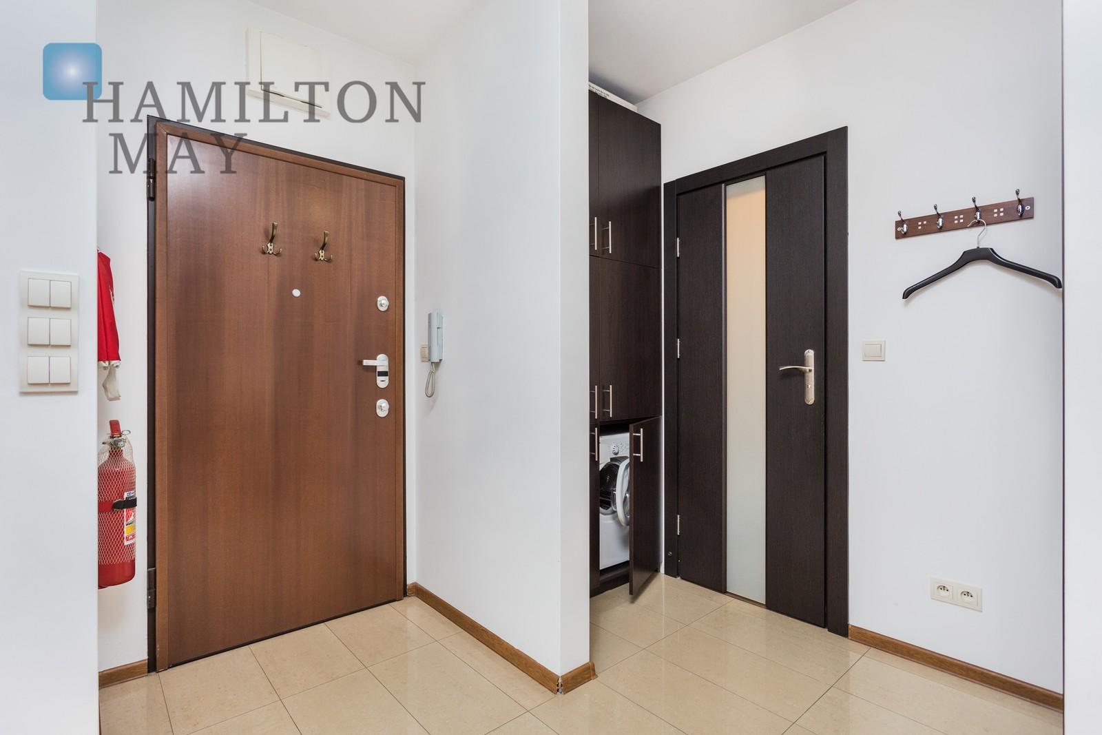 2 pokojowe mieszkanie z balkonem w budynku  Angel City  Kraków na wynajem