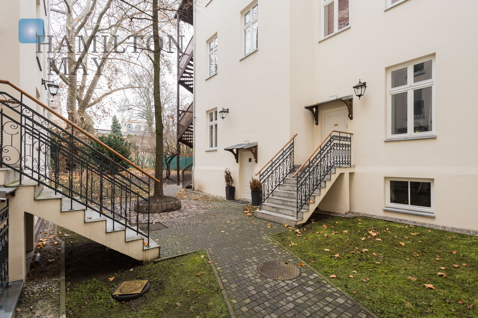 An apartment in the Old Town, in the prestigious Studencka 25 investment Krakow for sale