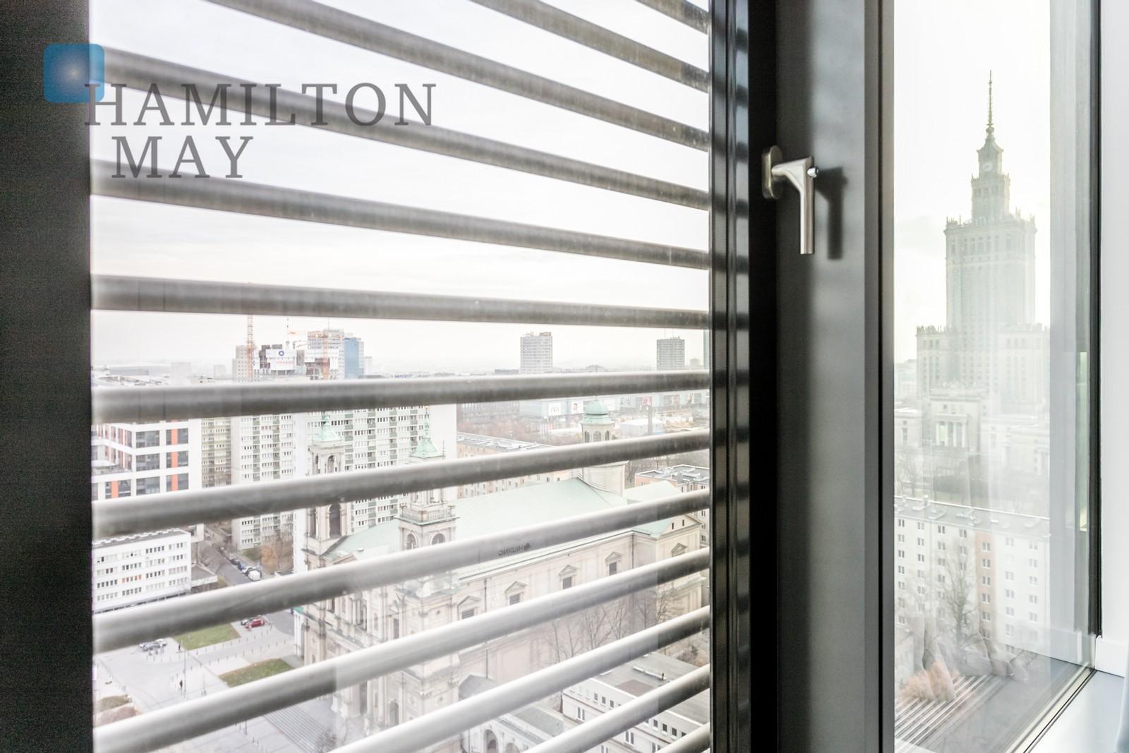 Przestronny trzypokojowy apartament w nowoczesnym wieżowcu Cosmopolitan Tower  Warszawa na sprzedaż