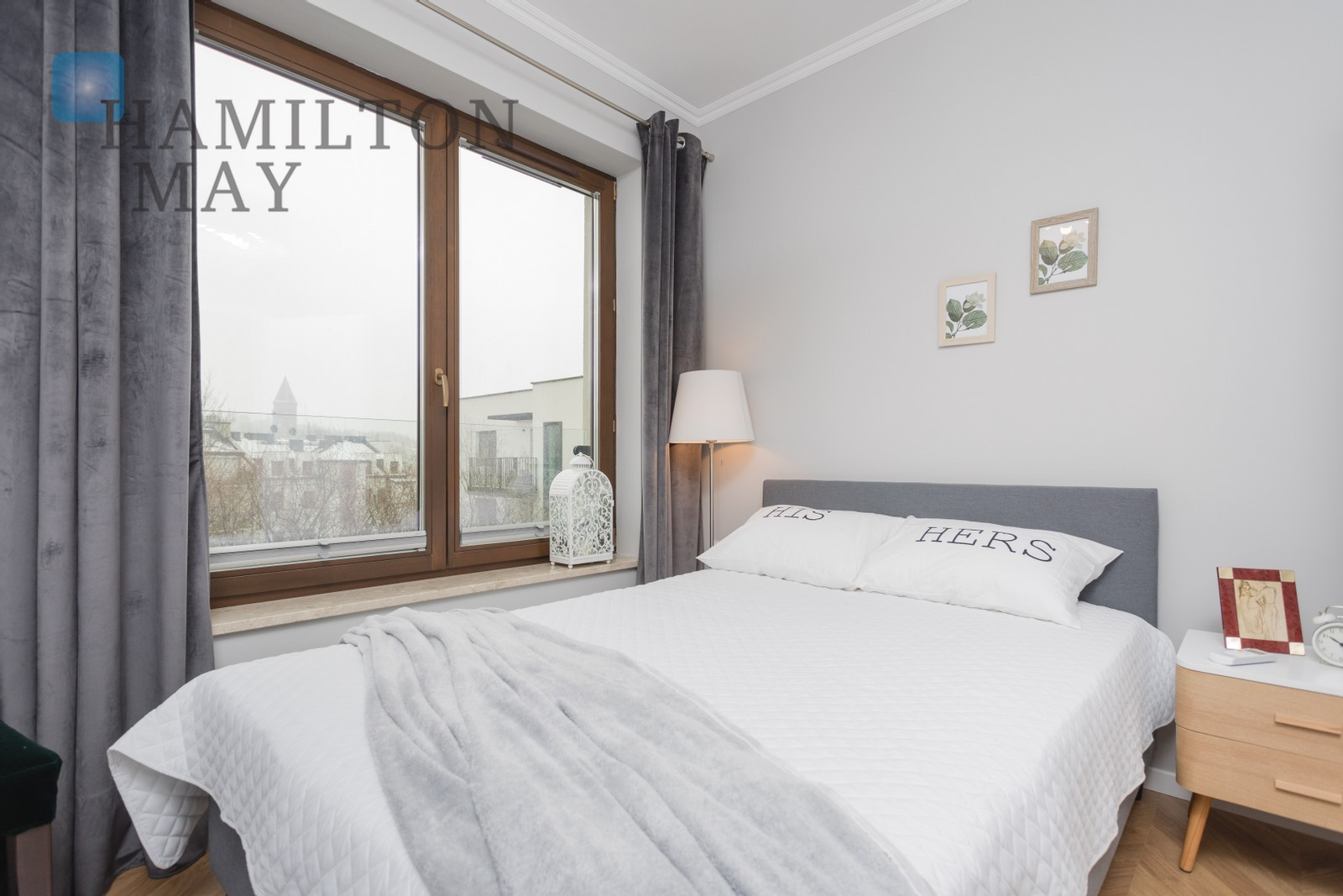 A unique three bedroom apartment with a beautiful view over the Wawel castle, in the modern Dom pod Wilgą investment Krakow for rent
