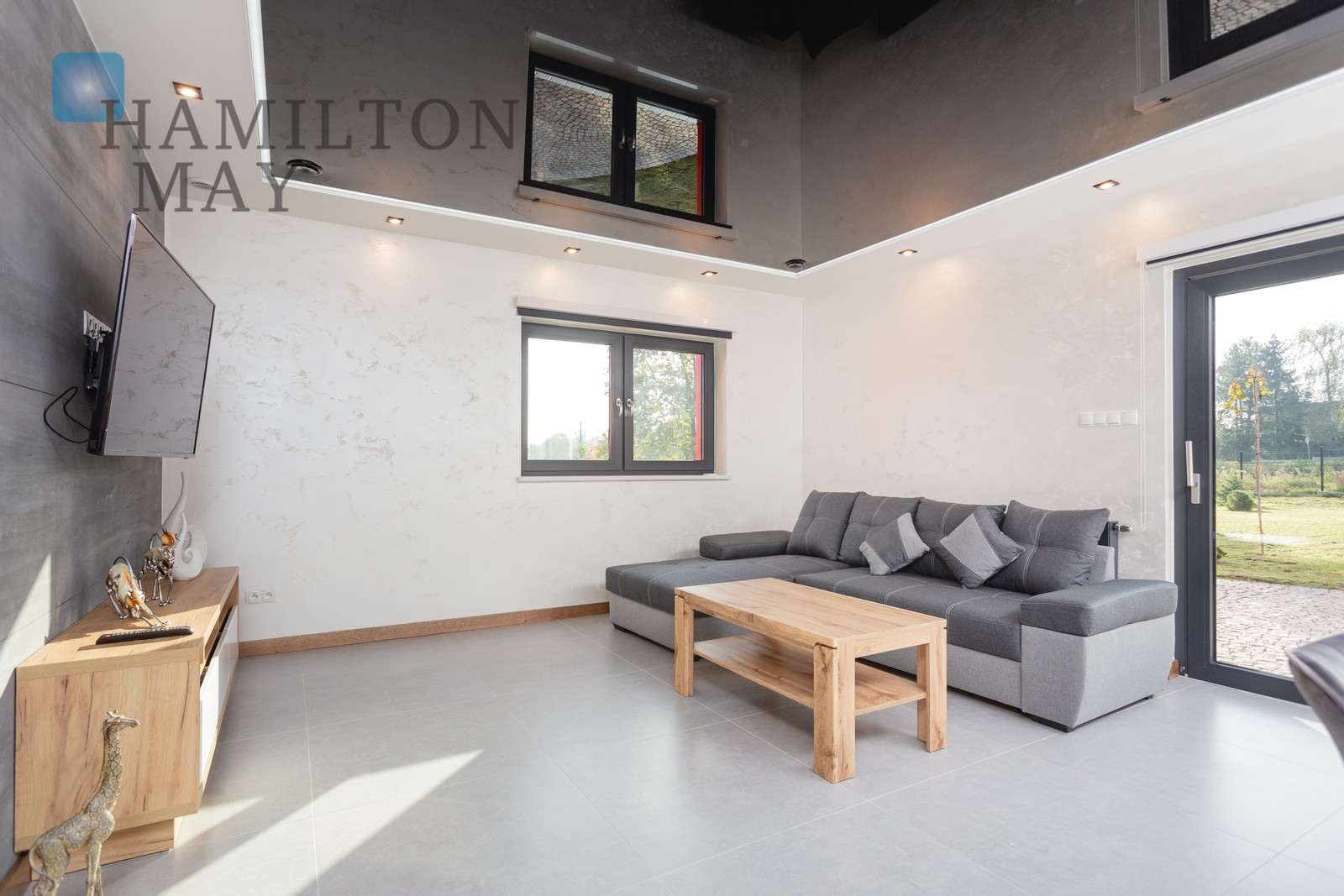 Detached house with four bedrooms, garage and terrace on a large plot Krakow for rent