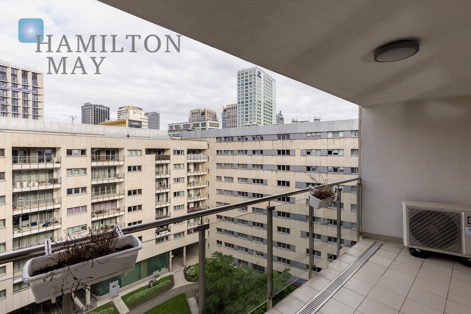 Ciche, komfortowe mieszkanie z dużym balkonem przy ulicy Wroniej Warszawa na sprzedaż