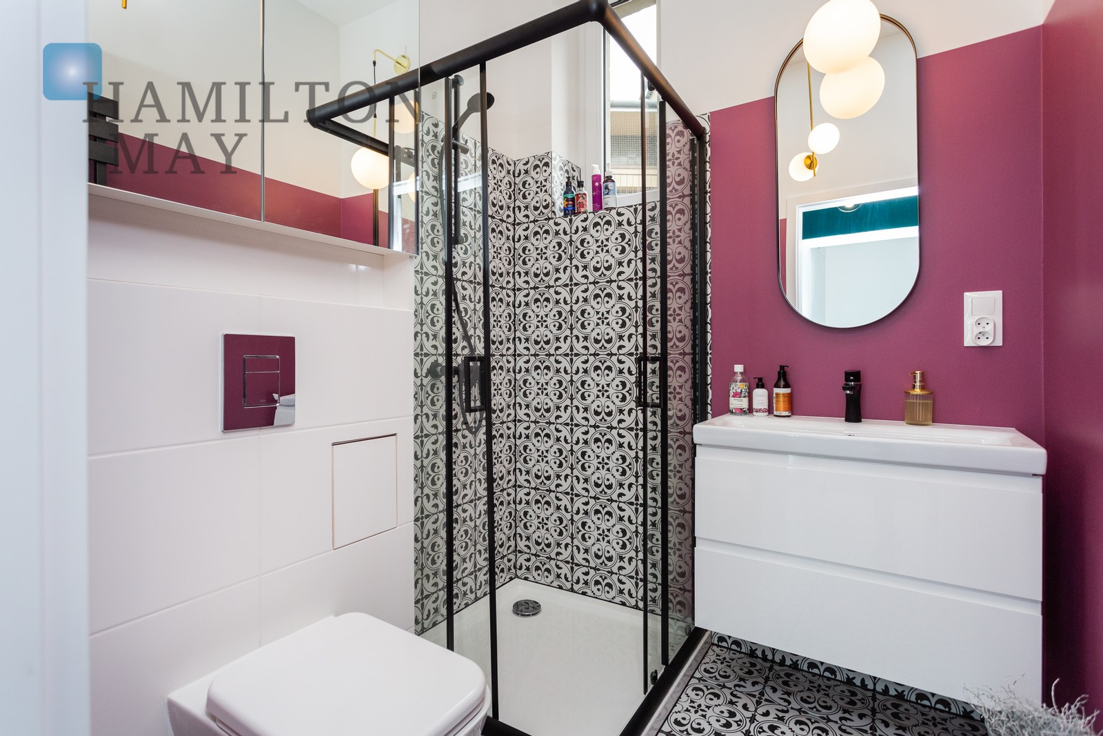 Stylish and modern 3-room apartment in a tenement house at Osiedle Oficerski Krakow for rent