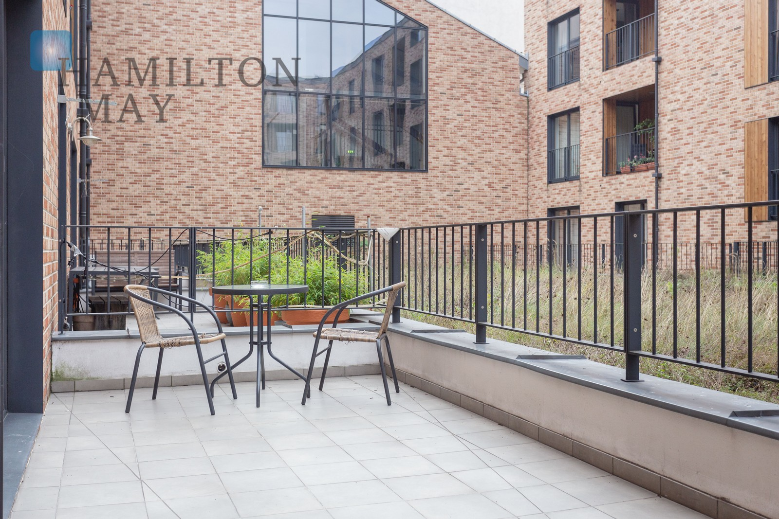 Two-bedroom apartment with a large terrace in a prestigious, centrally located development at Lubicz street Krakow for rent