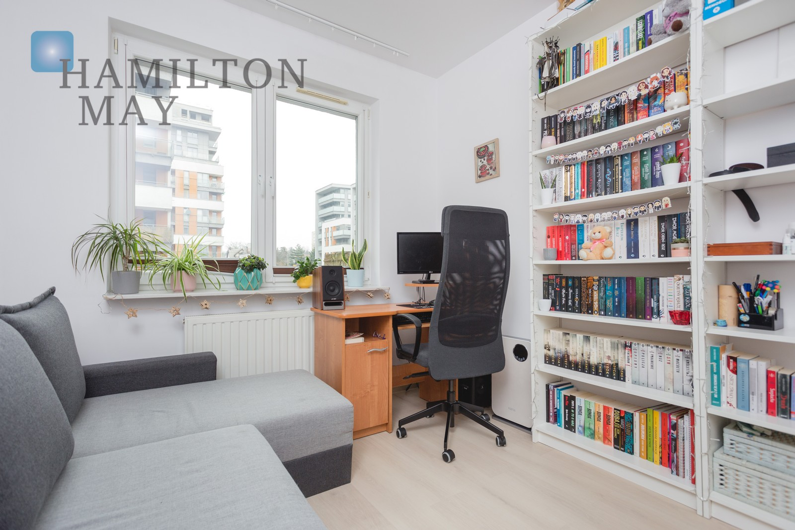 An investment apartment divided into two smaller properties with a tenant near the center of Krakow Krakow for sale