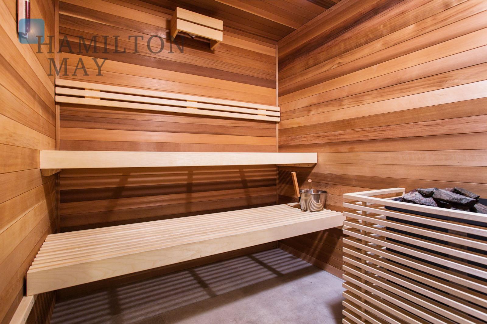 High standard 2-bedroom apartment for rent in the Angel Wawel development Krakow for rent