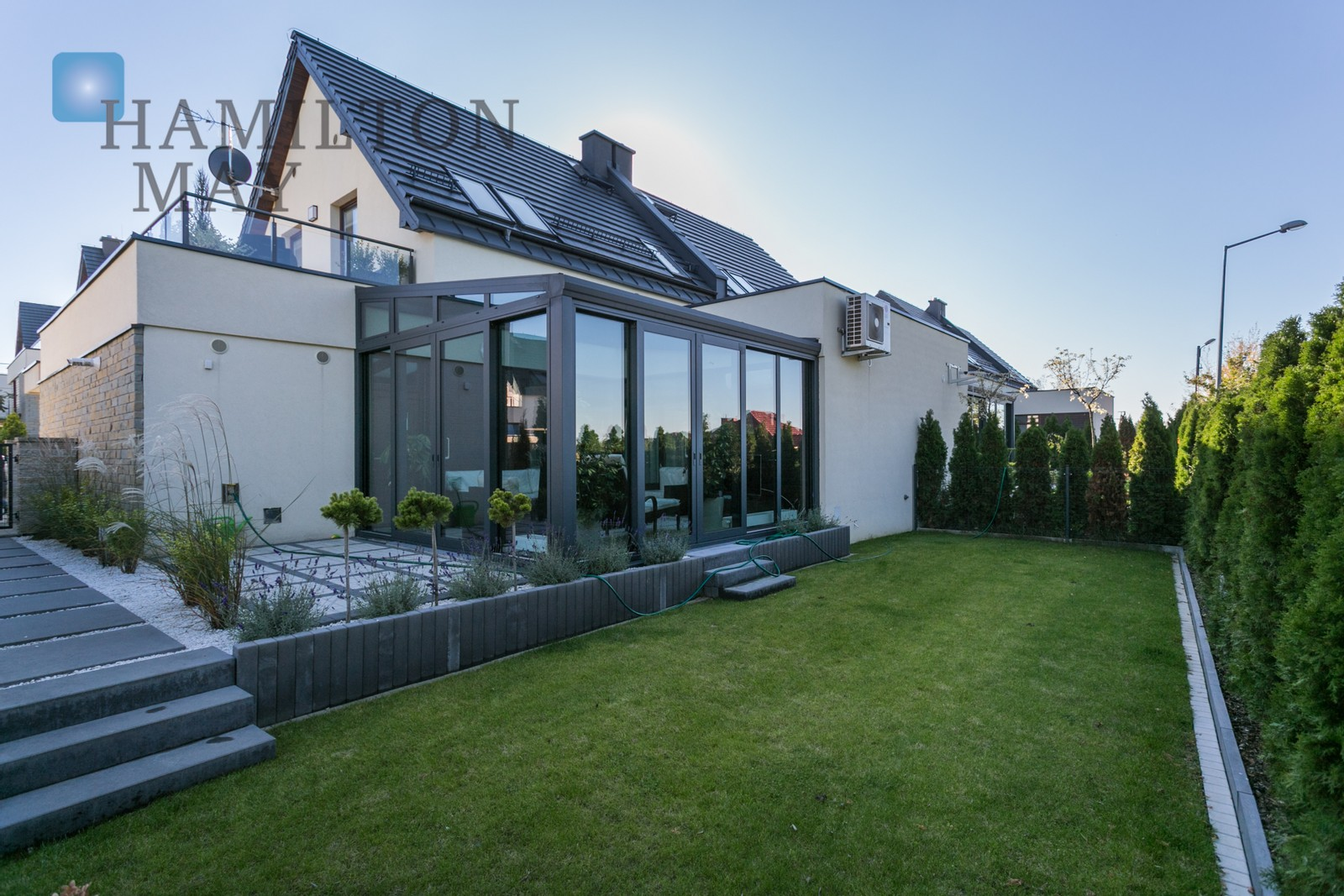 """For rent a luxury house located in the gated residential neighbourhood """"Parkowe Wzgórze"""" - Mogilany (South Kraków) Krakow for rent"""