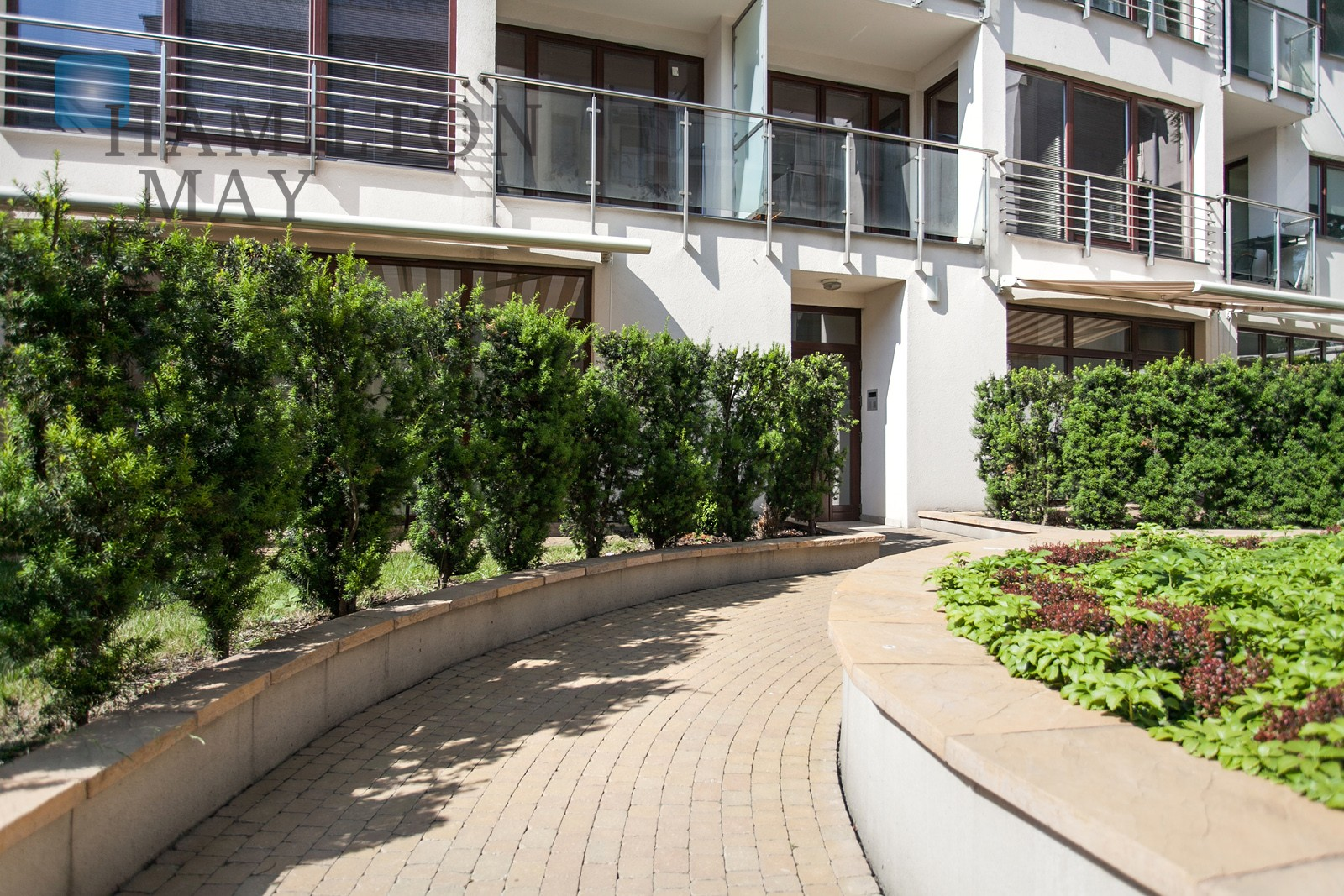 Apartments for Rent in Parkside Residence - Hamilton May