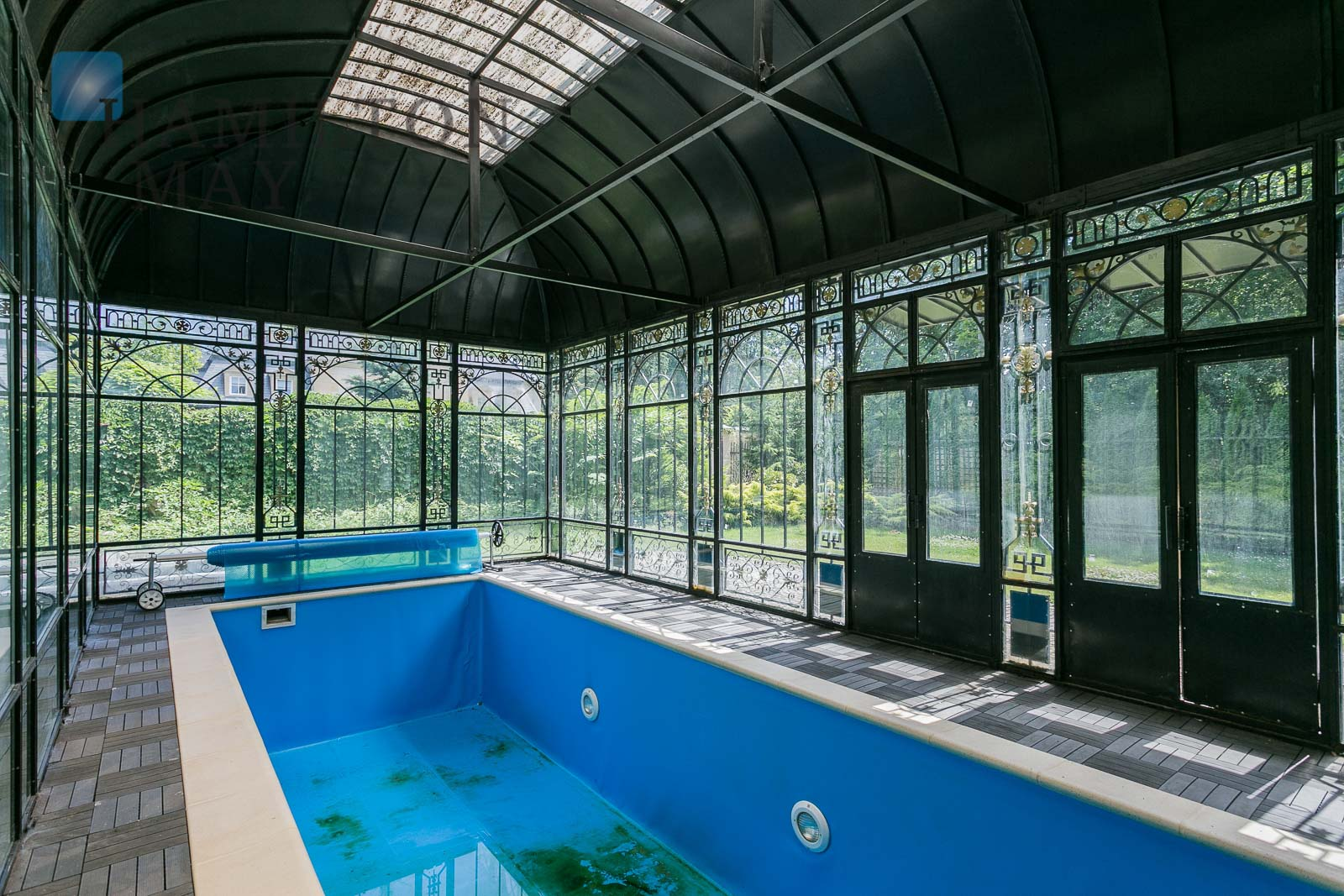 Elegancka willa z basenem w Konstancinie Warszawa na wynajem