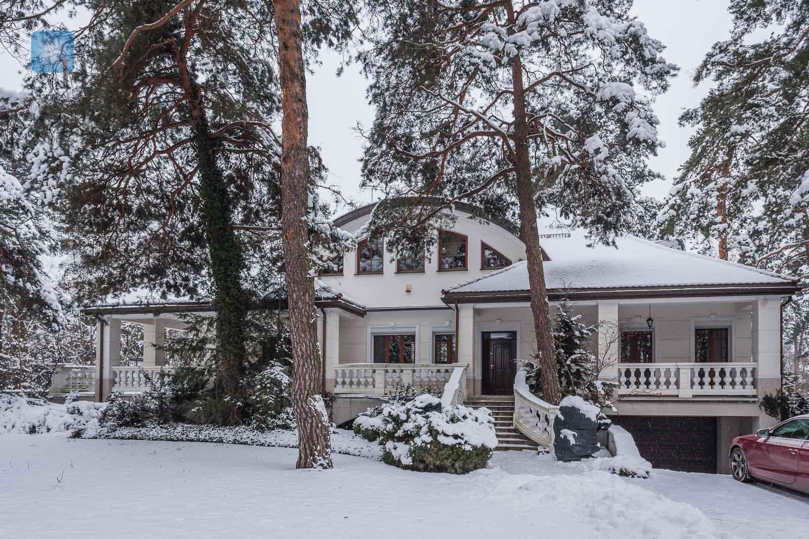 Luksusowa rezydencja w willowej części Konstancina Warszawa na wynajem