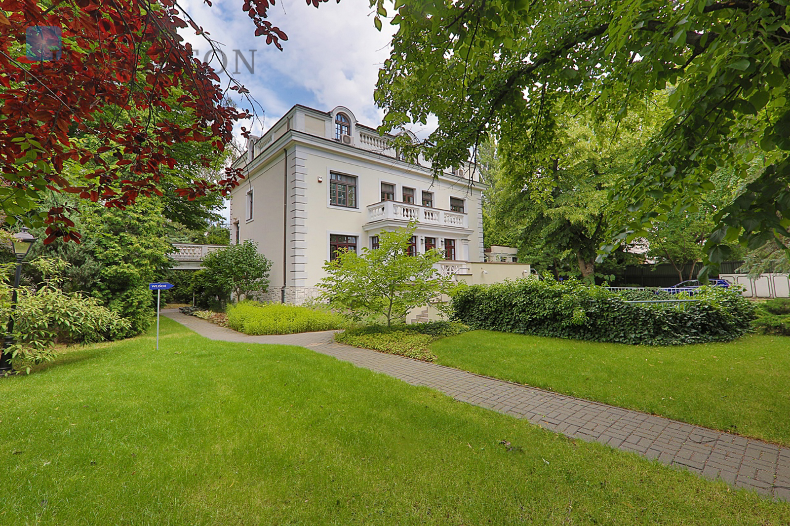 A historic villa in Old Mokotów, ideal for a residence or office Warsaw for sale