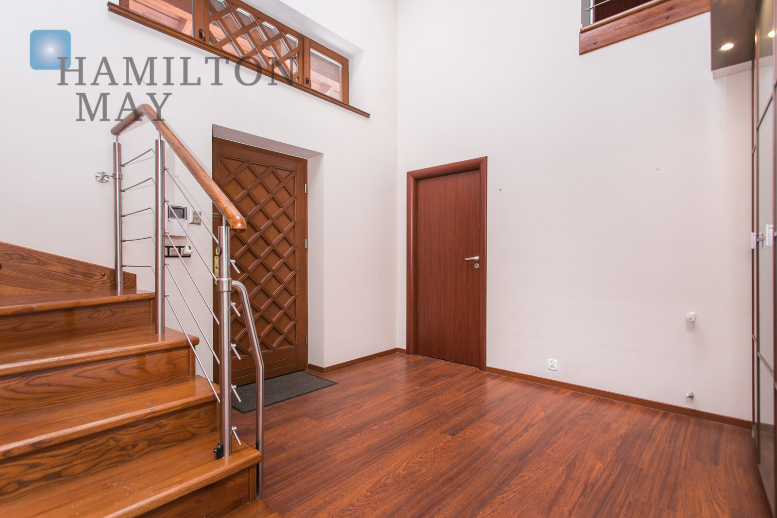 A detached house available for sale in a quiet area of Libertów, surrounded with greenery Krakow for sale