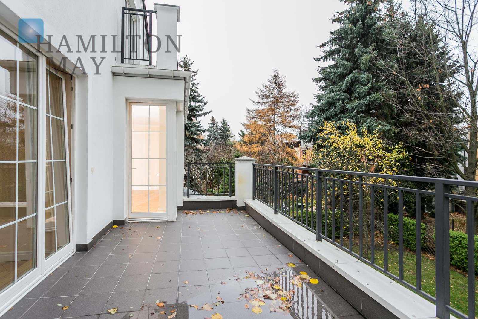 Luxurious, spacious residence in a prestigious area of Mokotów Warsaw for sale