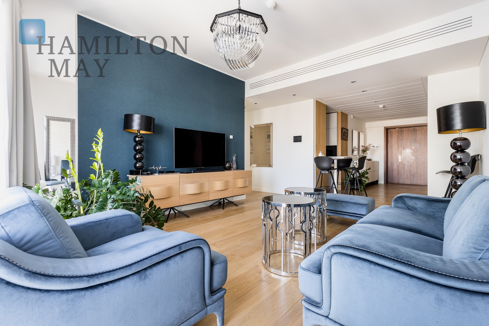 Elegant, intimate one-bedroom apartment in the Złota 44 development Warsaw for rent