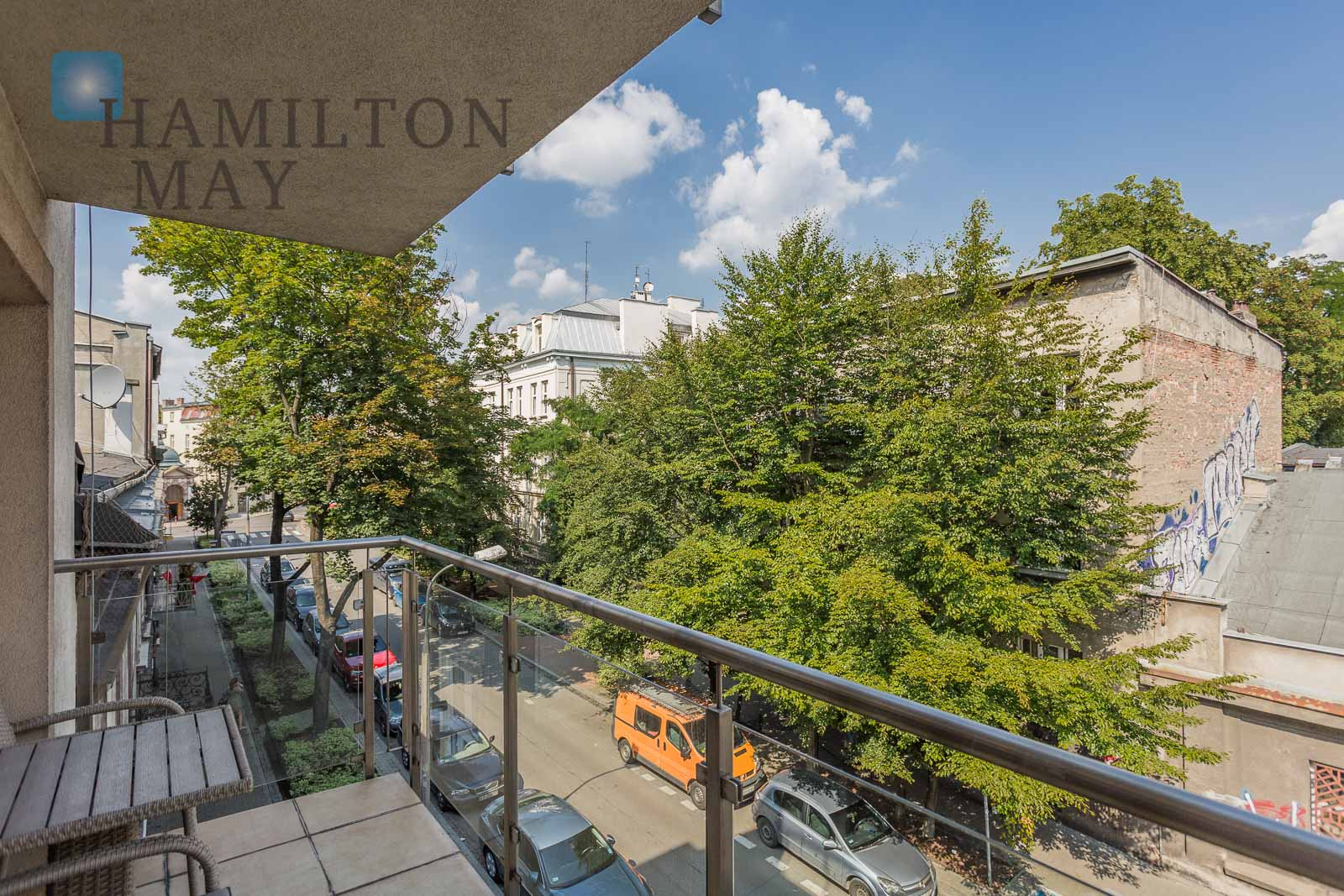 Hamilton May presents a superbly located apartment finished to a high standard, located in the Dębniki district Krakow for rent