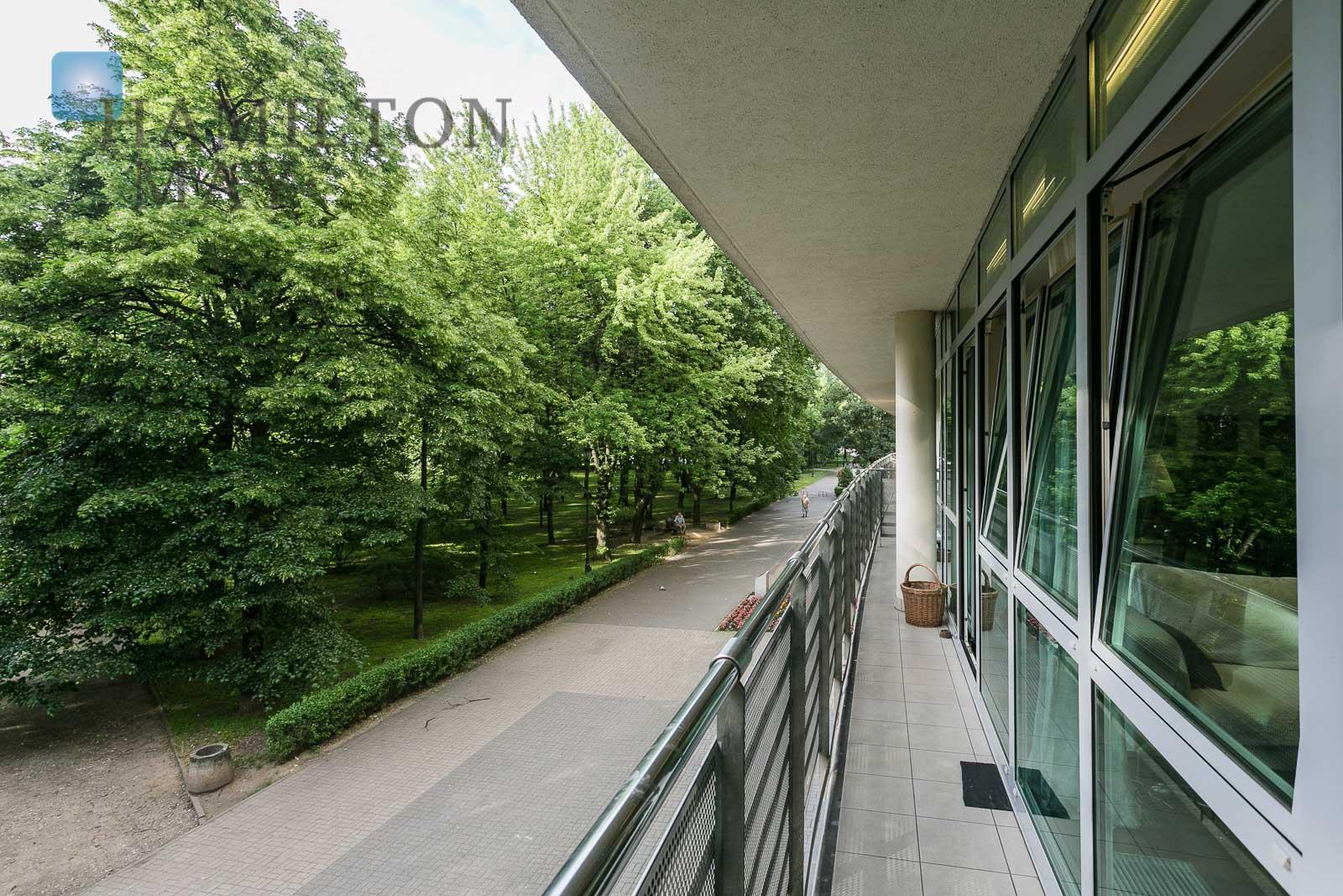 Wyjątkowy apartament  z widokiem na park Rydza Śmigłego Warszawa na wynajem