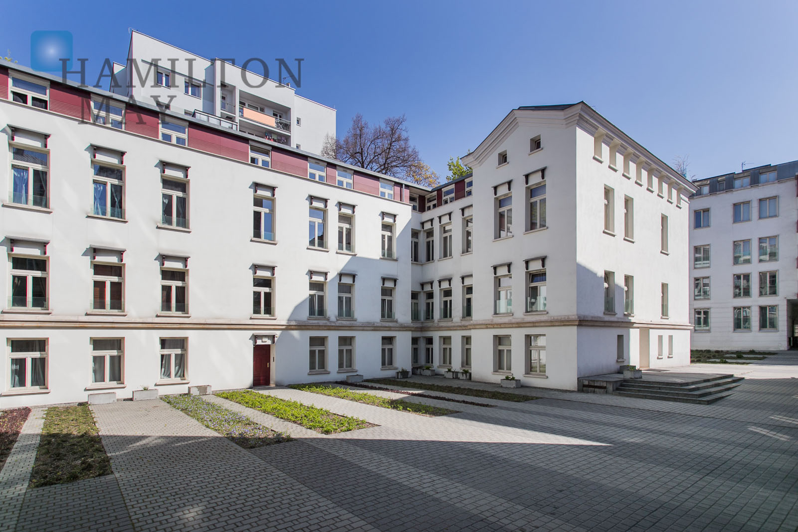 Cozy and elegant apartment in the Sobieski Residence complex Krakow for rent