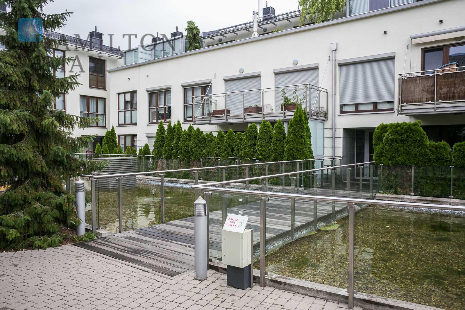 An apartment in the Rezydencja Królewska development Warsaw for rent