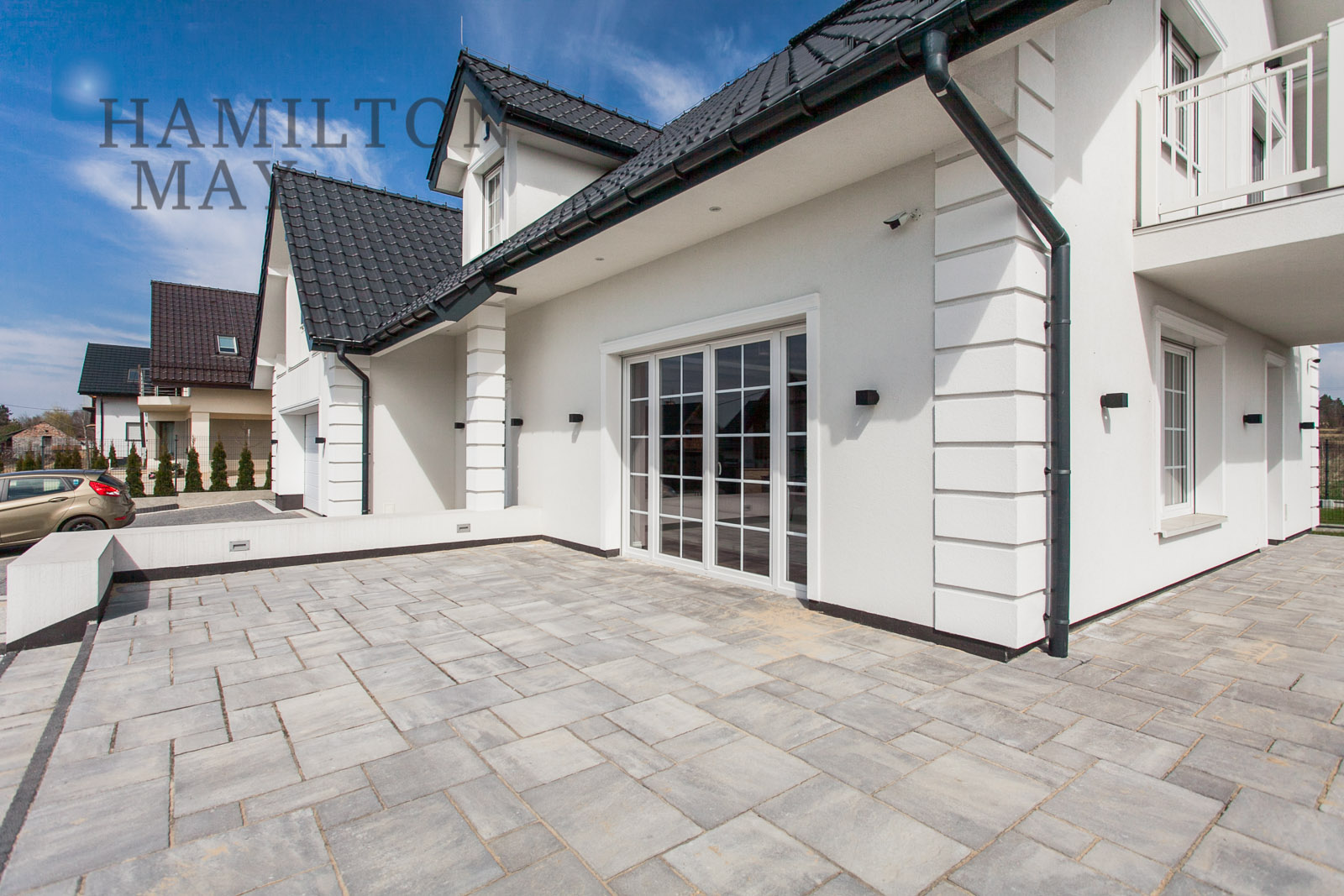 Large house with views of Krakow and the Tatra Mountaints in the northern suburb of Boleń Krakow for sale