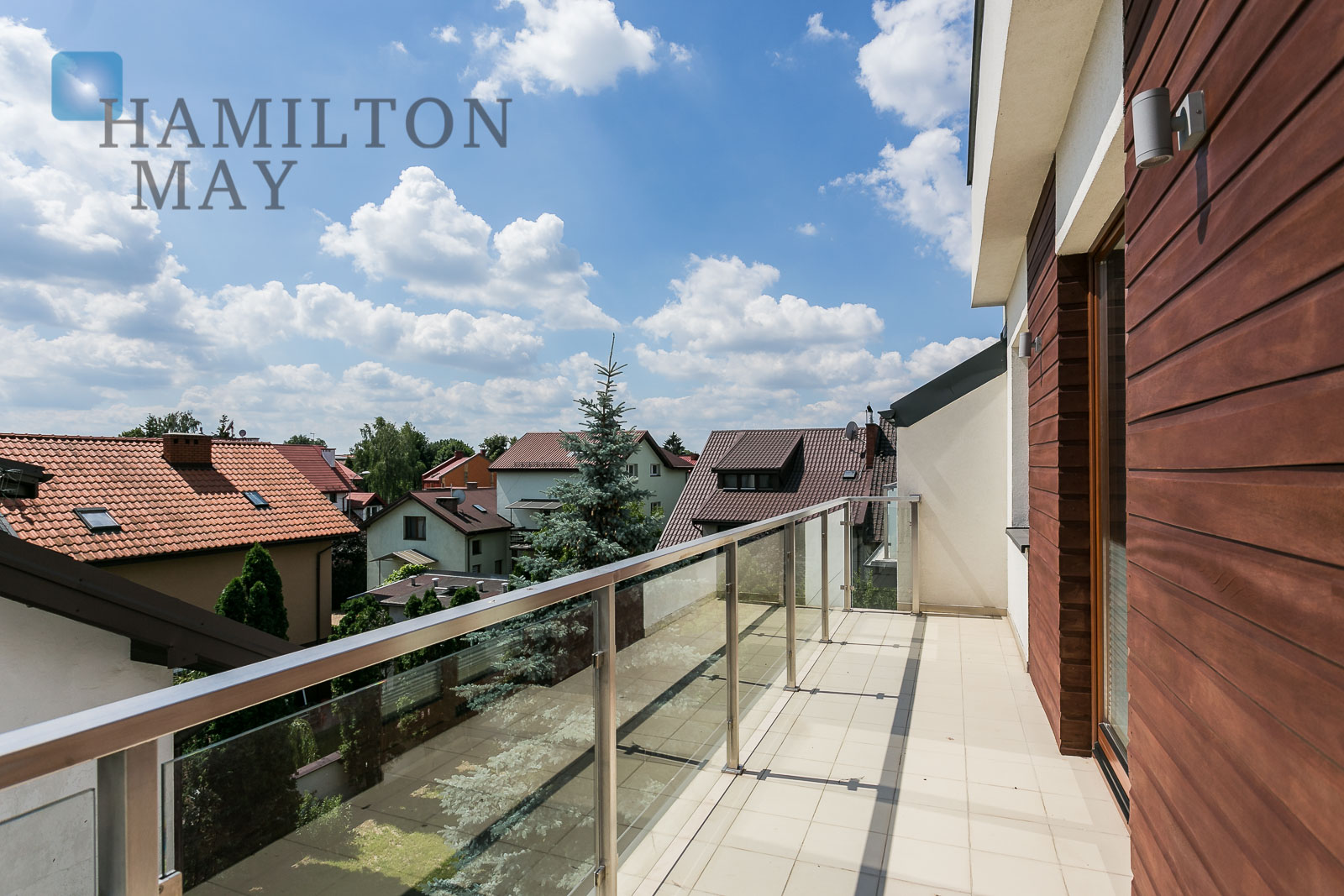 Spectacular penthouse with three bedrooms located in Wilanów Warsaw for rent