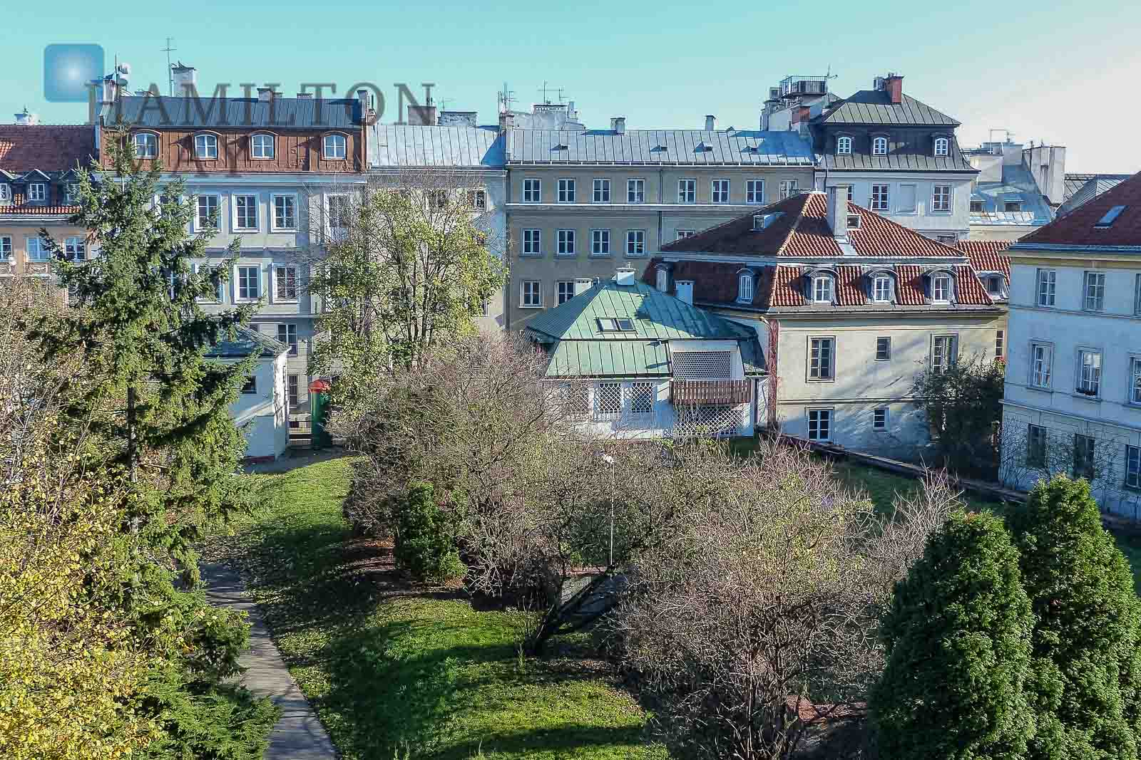 Duplex apartment nearby the Teatralny Square with a beautiful view over the park Warsaw for rent
