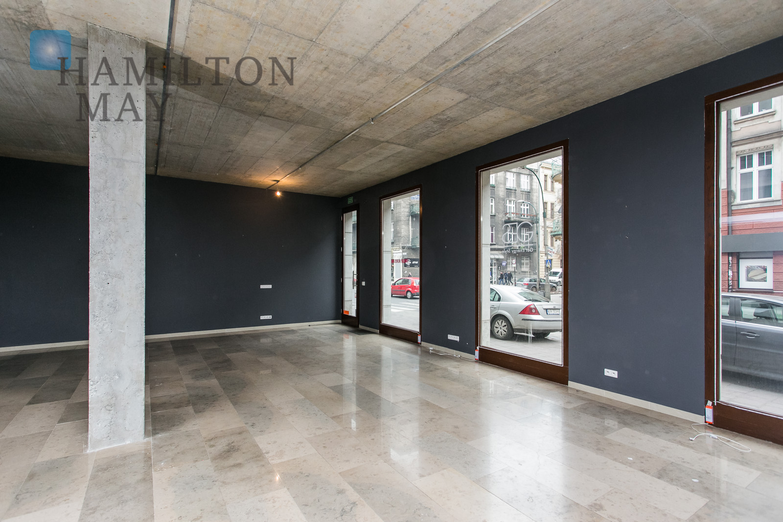 Visible, perfectly located commercial space set in a prime location in Kazimierz district Krakow for rent