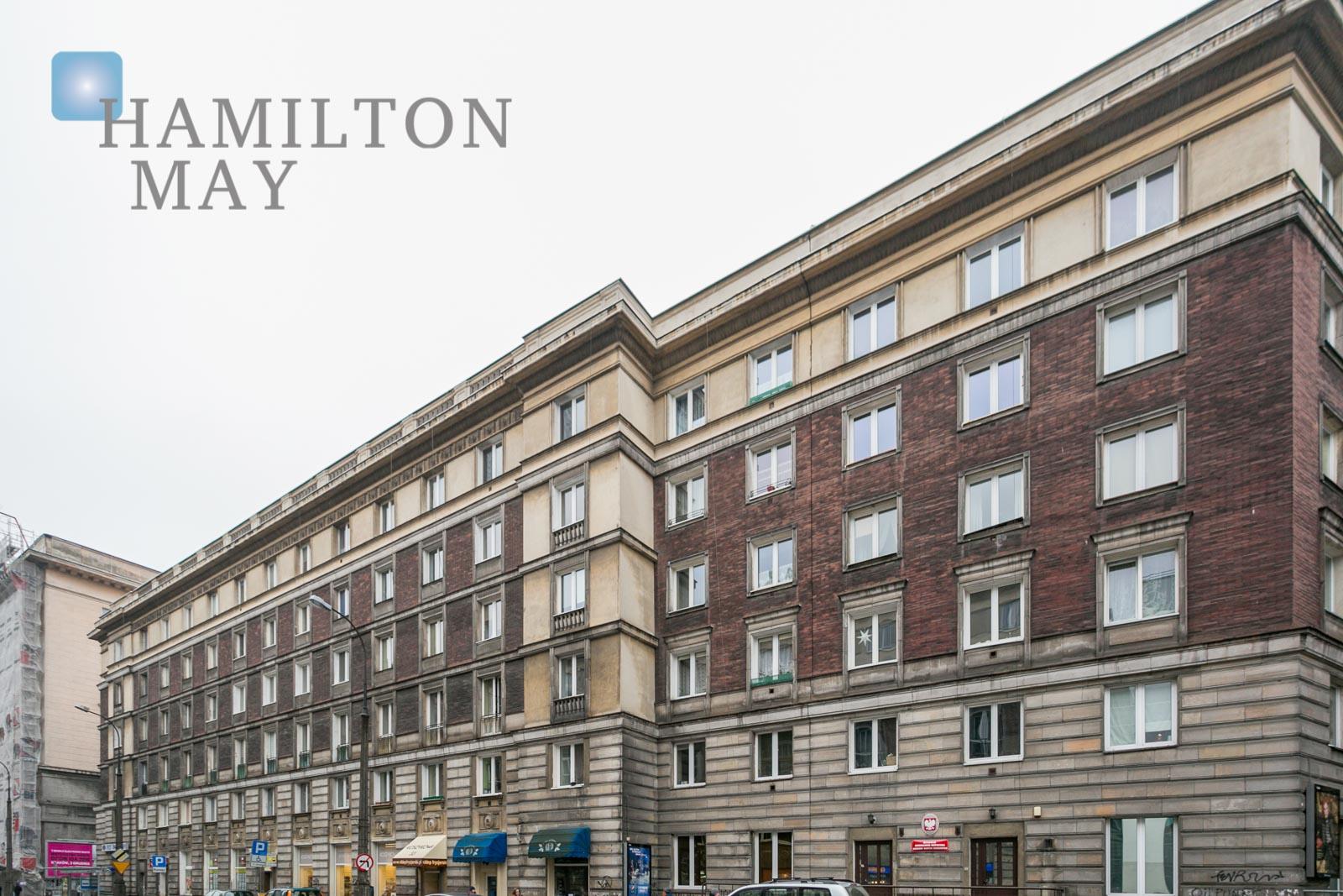 Trzypokojowe mieszkanie  przy Placu Konstytucji Warszawa na wynajem
