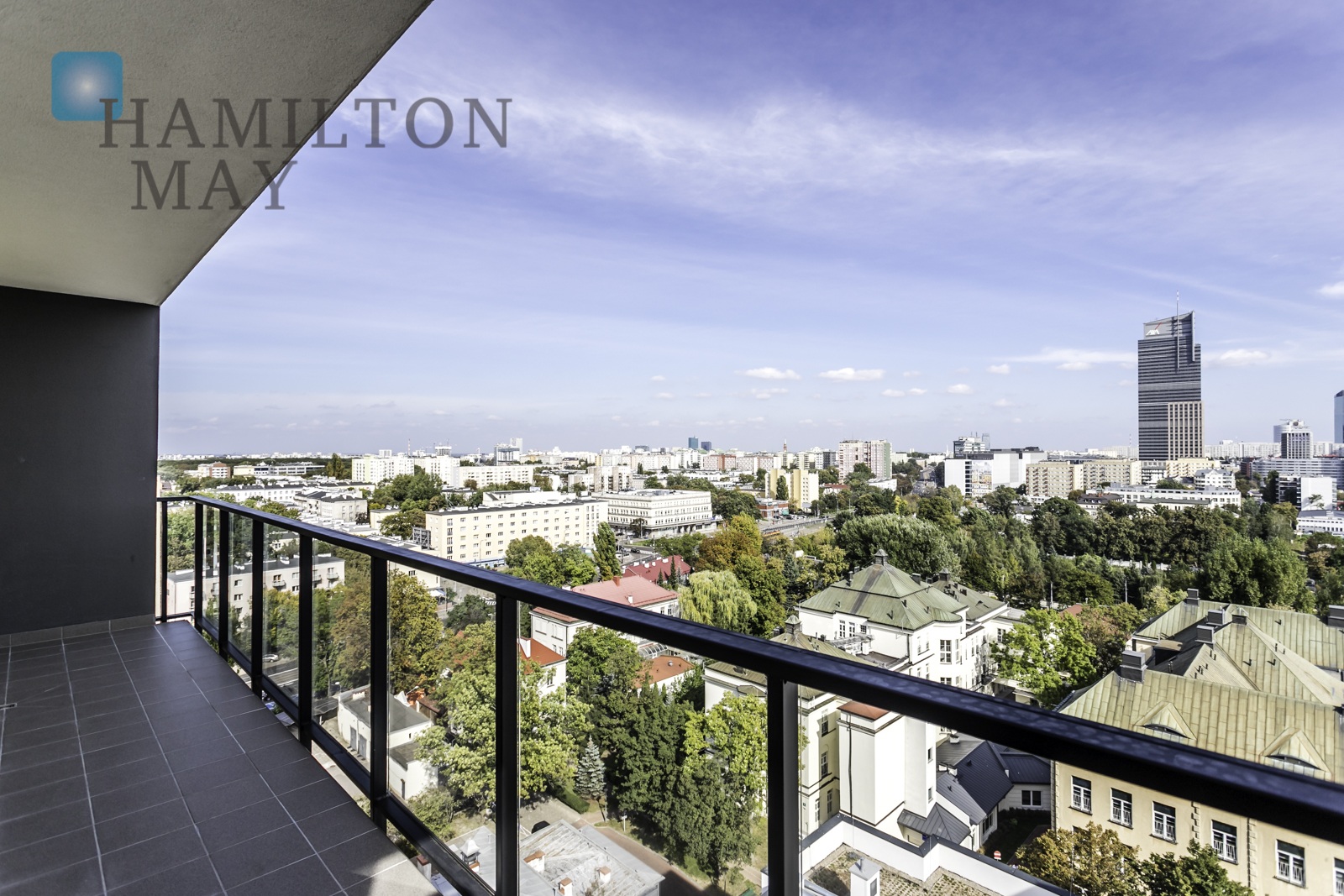 Penthouse for rent with an amazing panorama of Warsaw Warsaw for rent