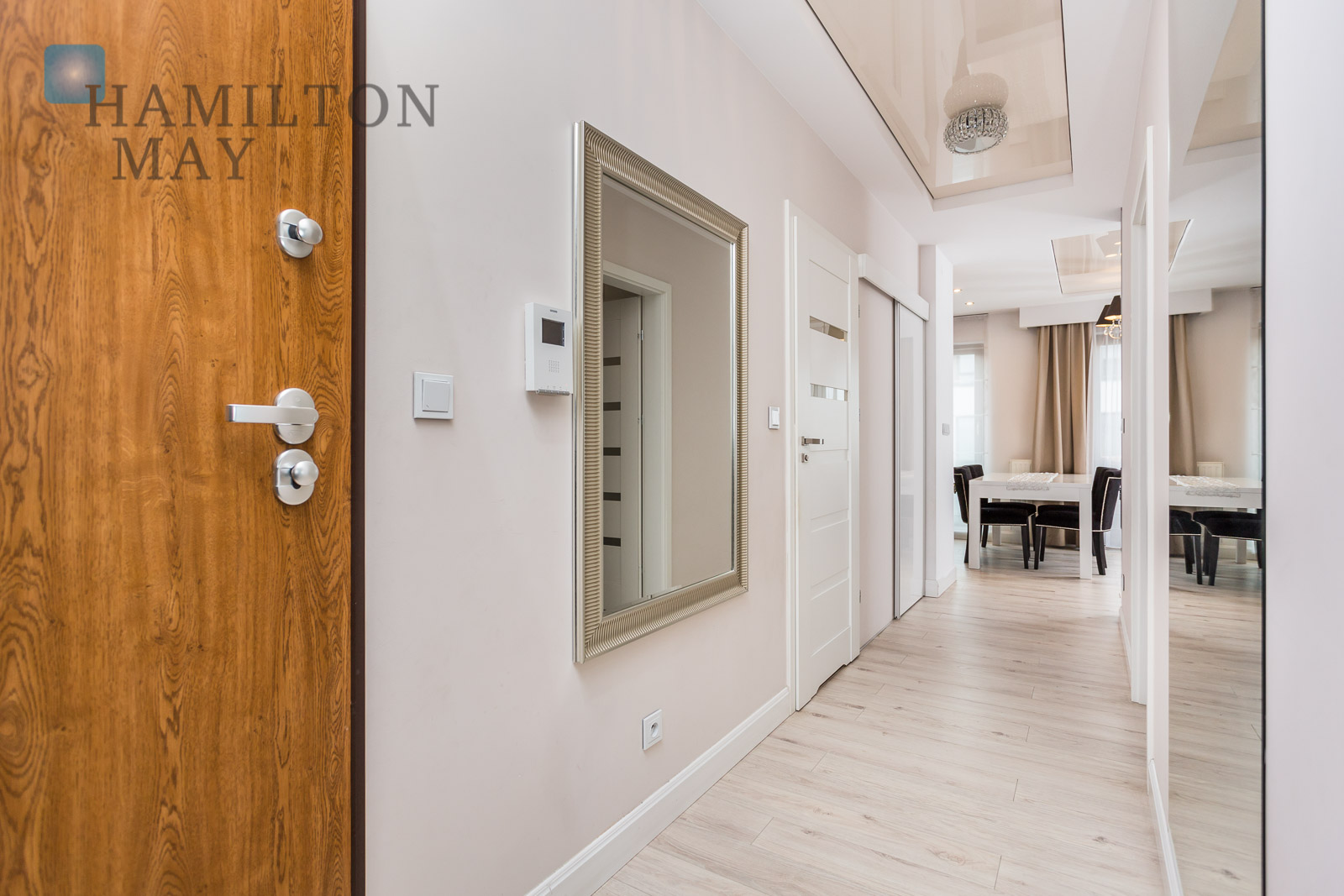 A functional, modern apartment offered for rent in the 'Osiedle Fi' development Krakow for rent