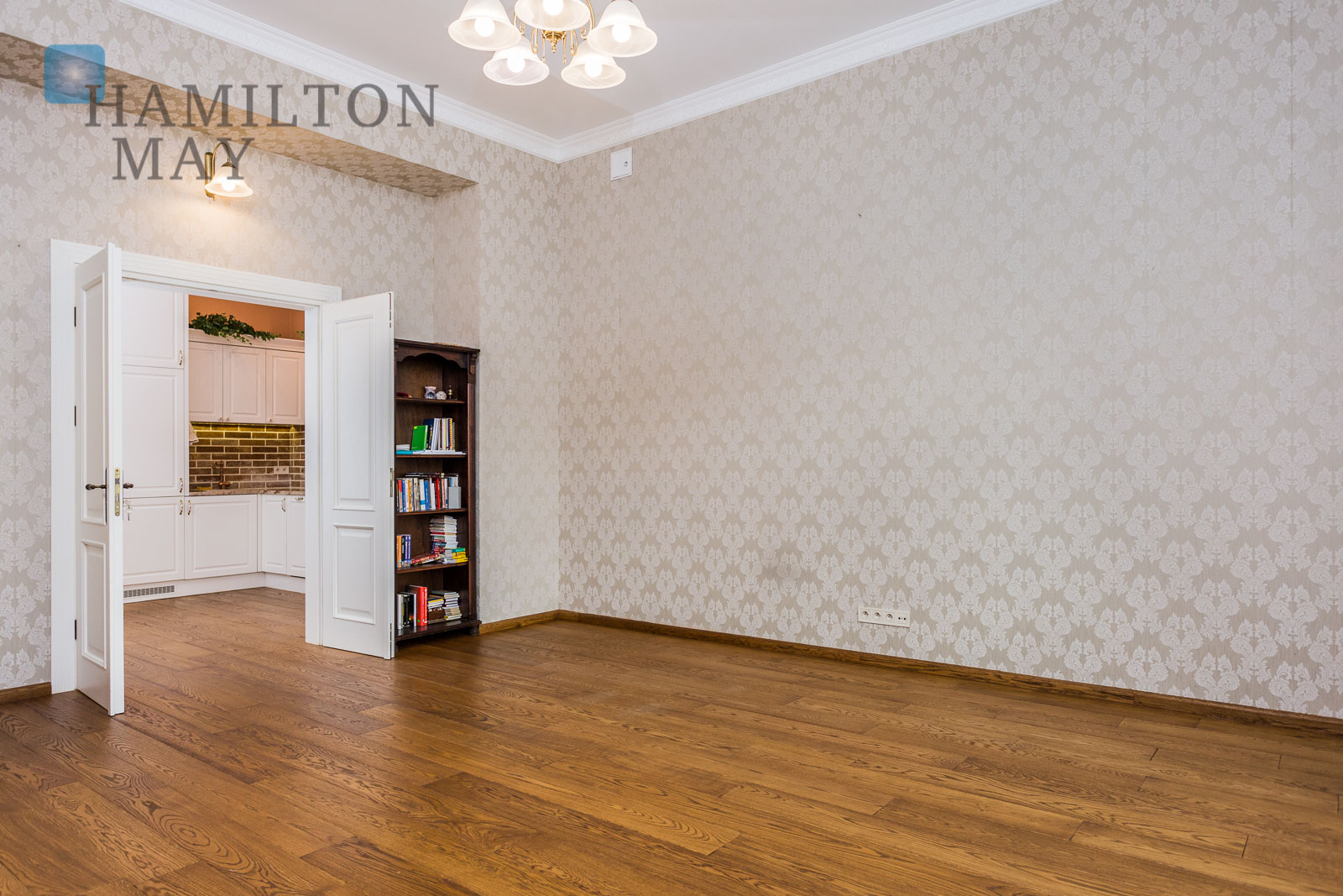 A beautifully stylish office space in a renovated tenement building by the Vistula Boulevards Krakow for sale