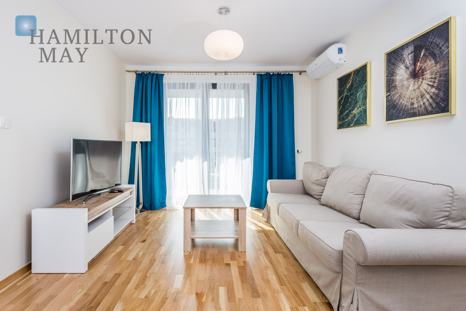 A brand new and  spacious 2 bedroom apartment in the new building in Vistula Terraces 2. Krakow for rent