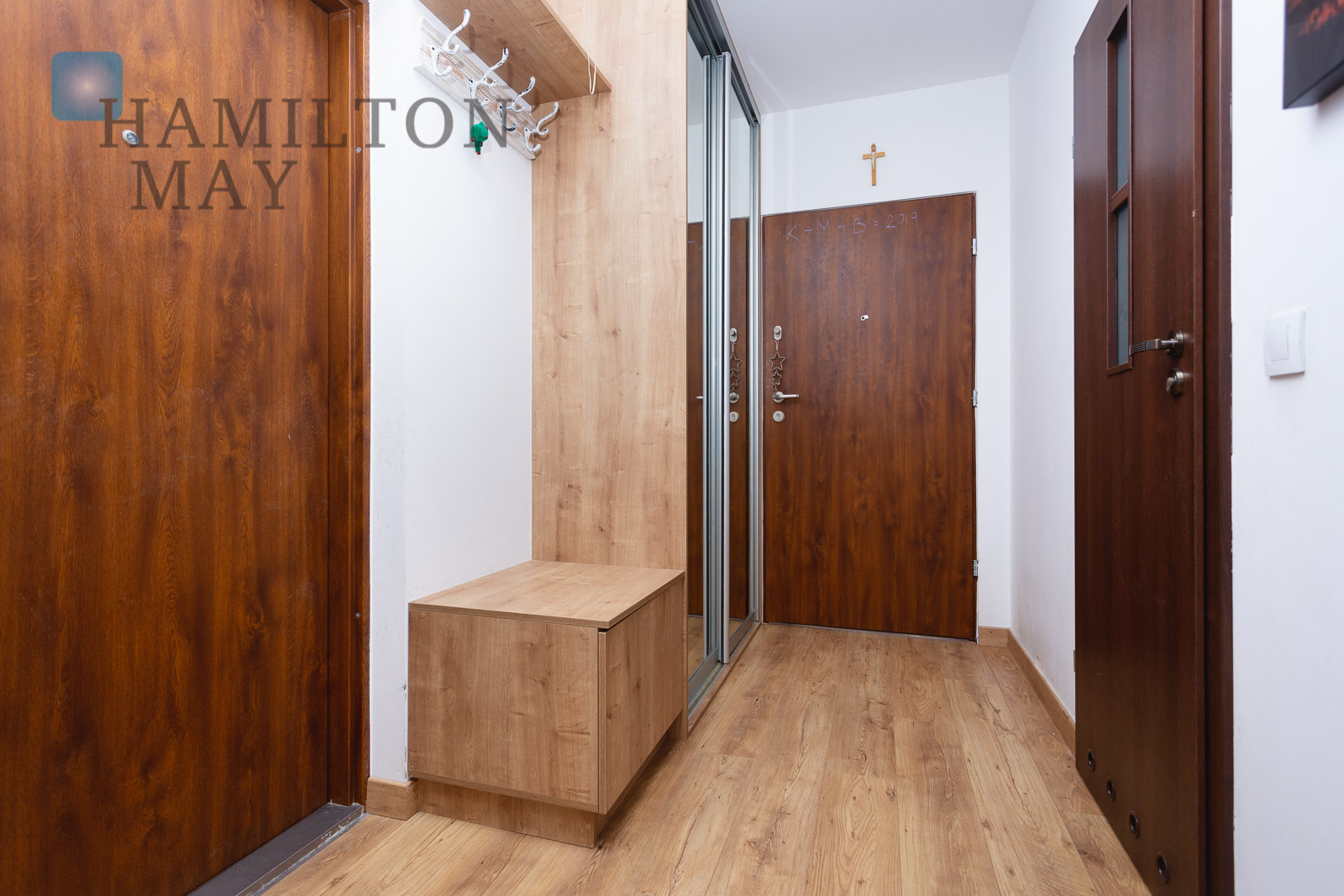 A spacious and comfortably arranged three bedroom apartment offered for sale in a peaceful and green part of the city Krakow for sale