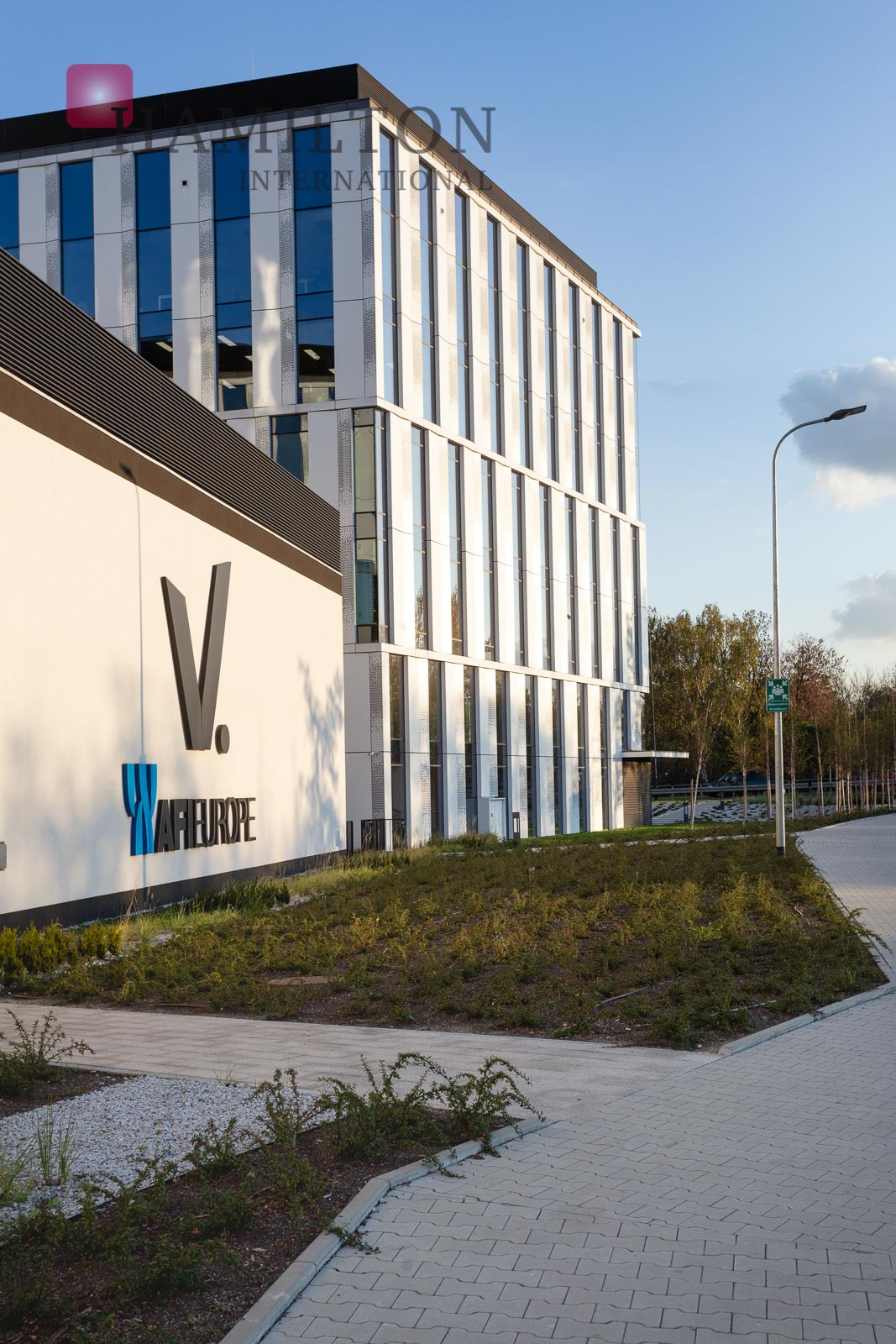 V.Offices Kraków office building photo