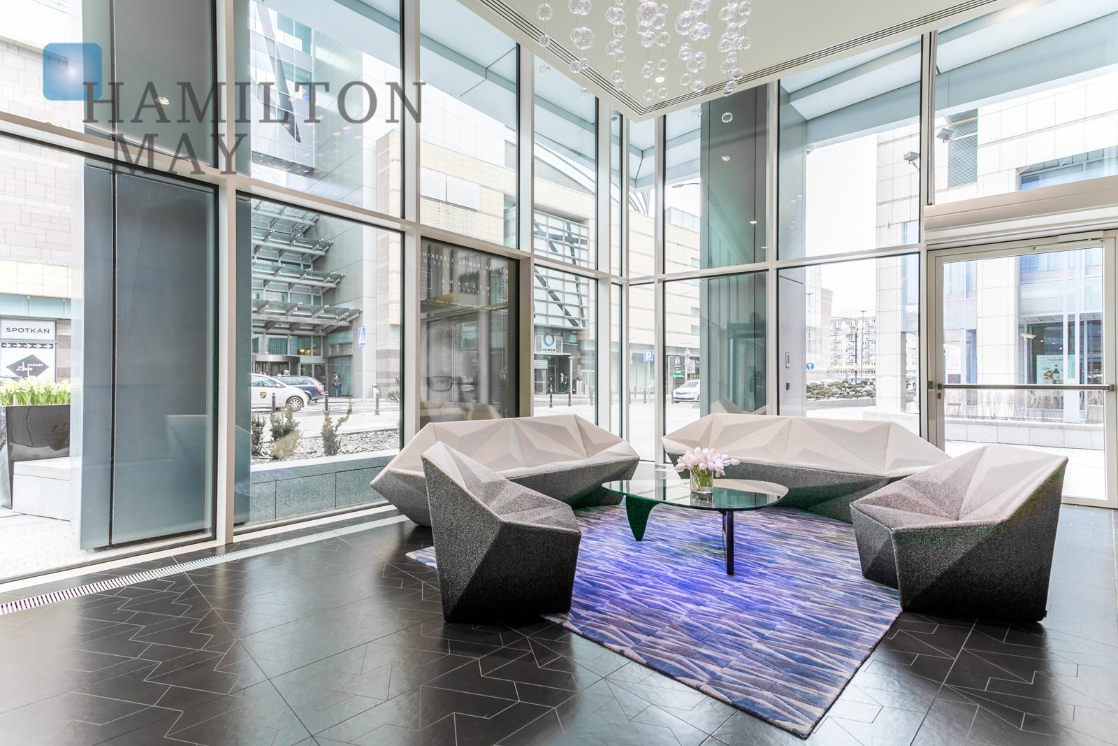 Elegant, stylish apartment with a view of the Palace of Culture in the prestigious Złota 44 investment Warsaw for sale