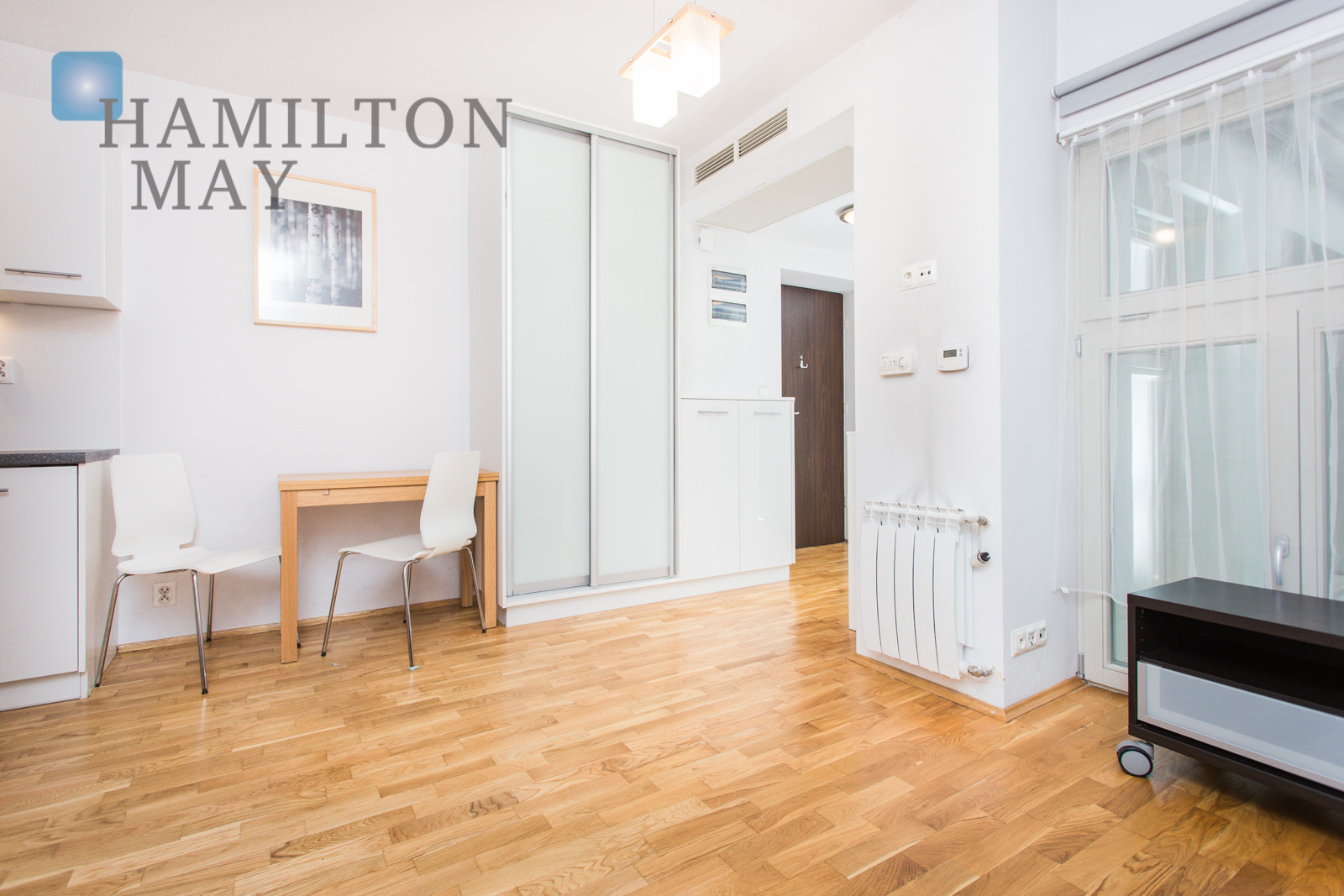 Modern studio apartment in new development by the Old Town Krakow for rent