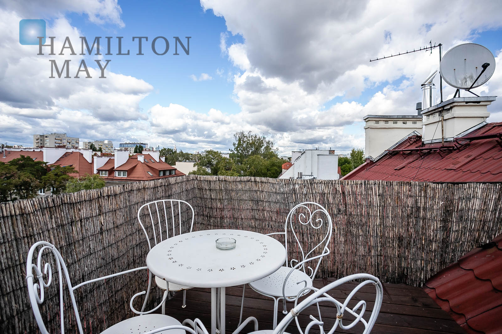 A unique apartment in the attic in a tenement house Warsaw for sale