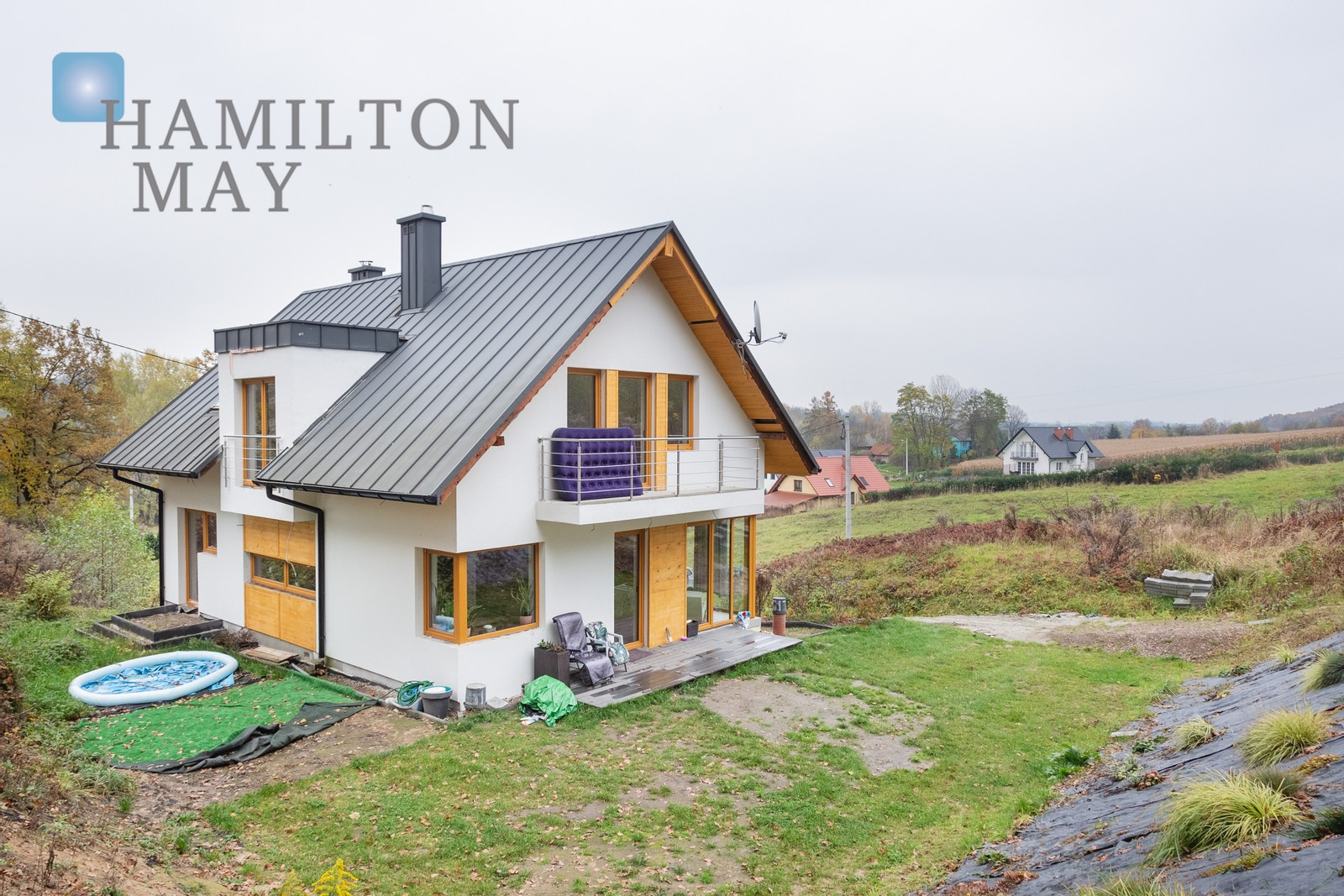 A beautiful, modern house located on a hill overlooking Michałowice Krakow for sale
