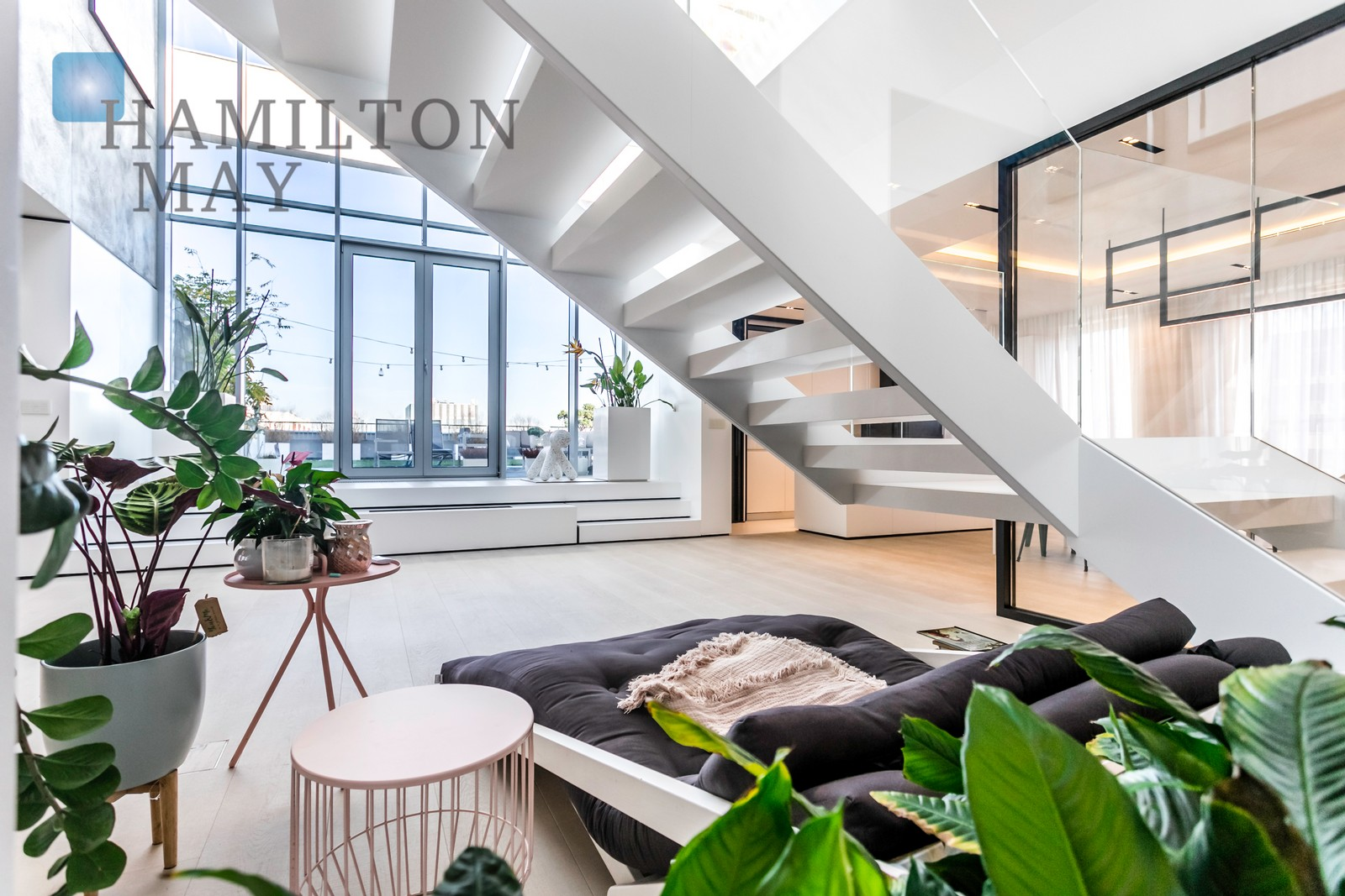 Unique 2-level penthouse in the Eko Park development in Mokotow Warsaw for sale