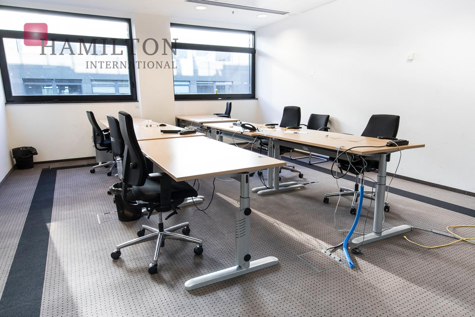 Biuro w Focus tuż przy Polu Mokotowskim Warszawa office space photo