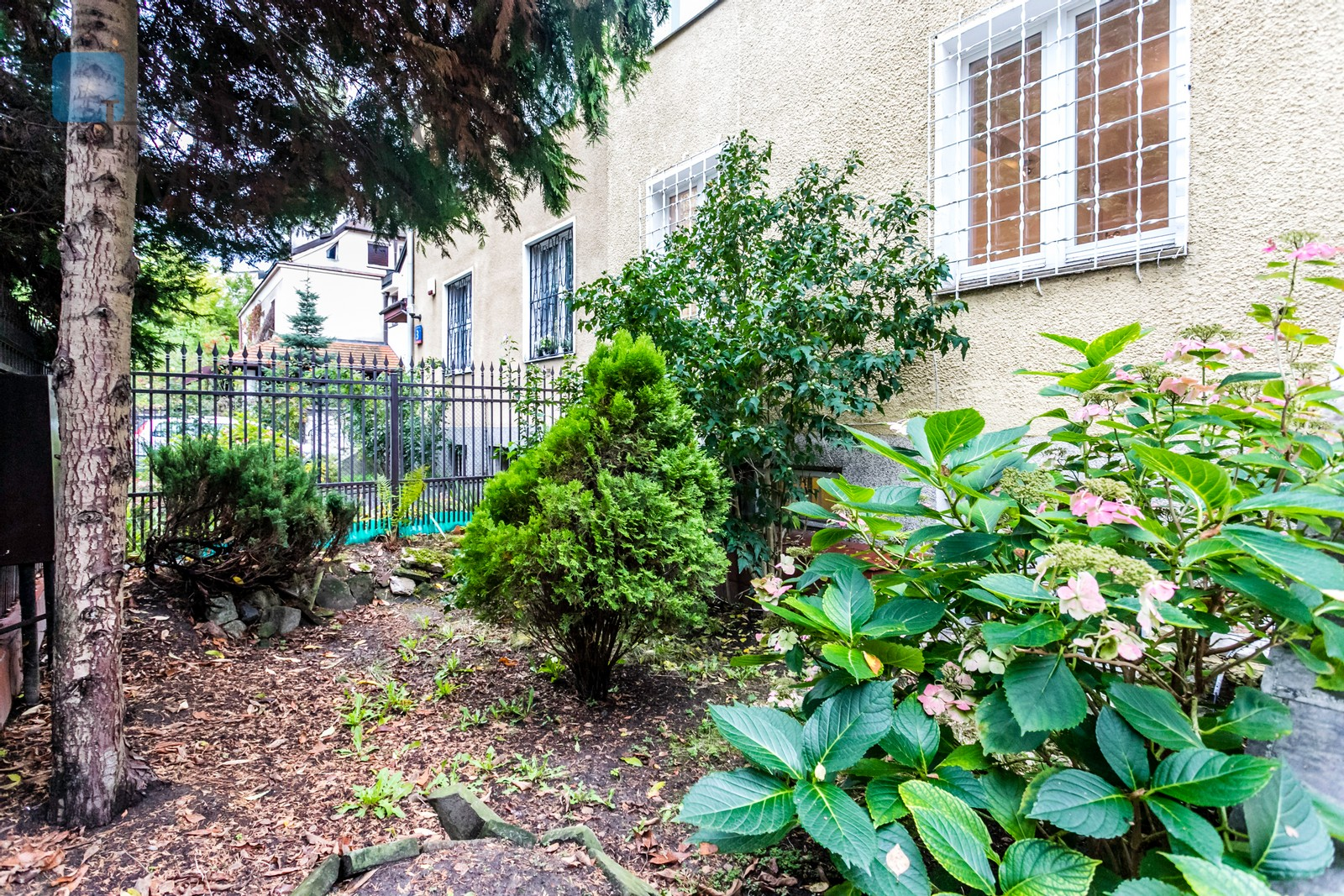 A semidetached house in a charming area at Saska Kępa Warsaw for rent