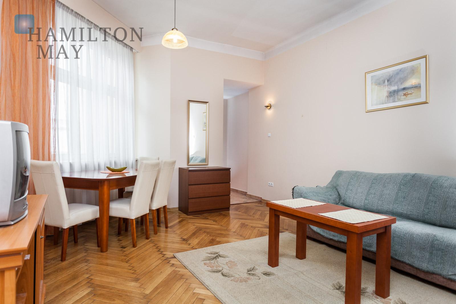 Large 1 bedroom apartment next to Wawel castle Krakow for rent