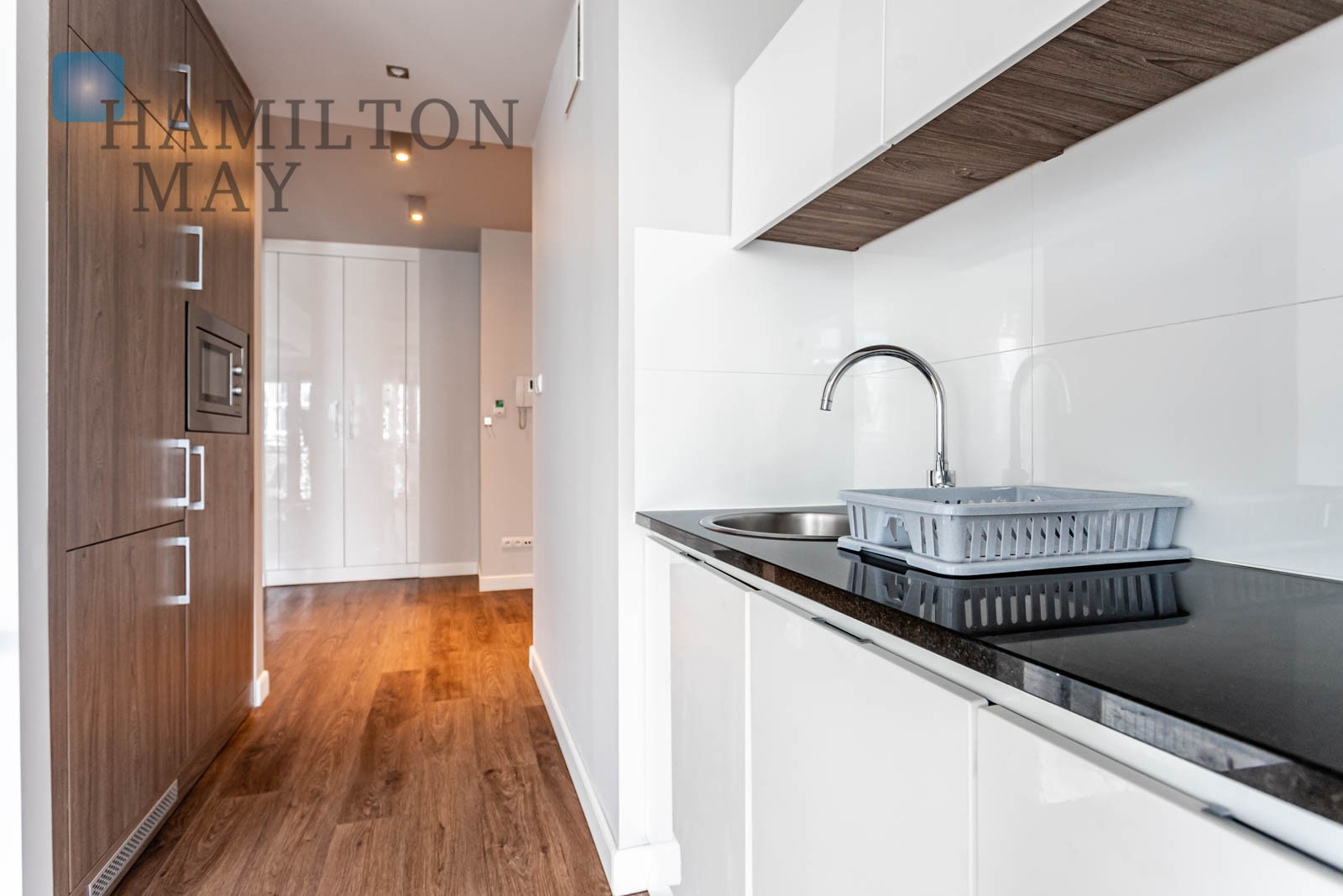 Dwupokojowy apartament z balkonem w inwestycji Oxygen Warszawa na sprzedaż