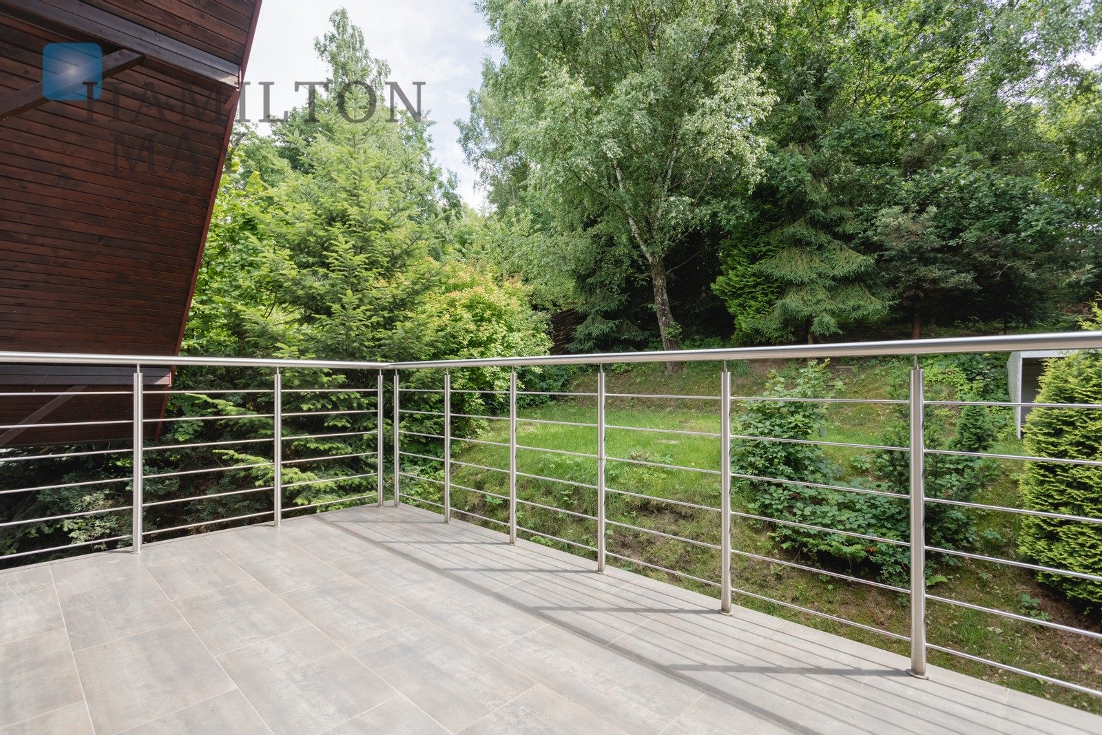 Modern detached house available for rent in the green and peaceful suburban area of Kraków Krakow for rent
