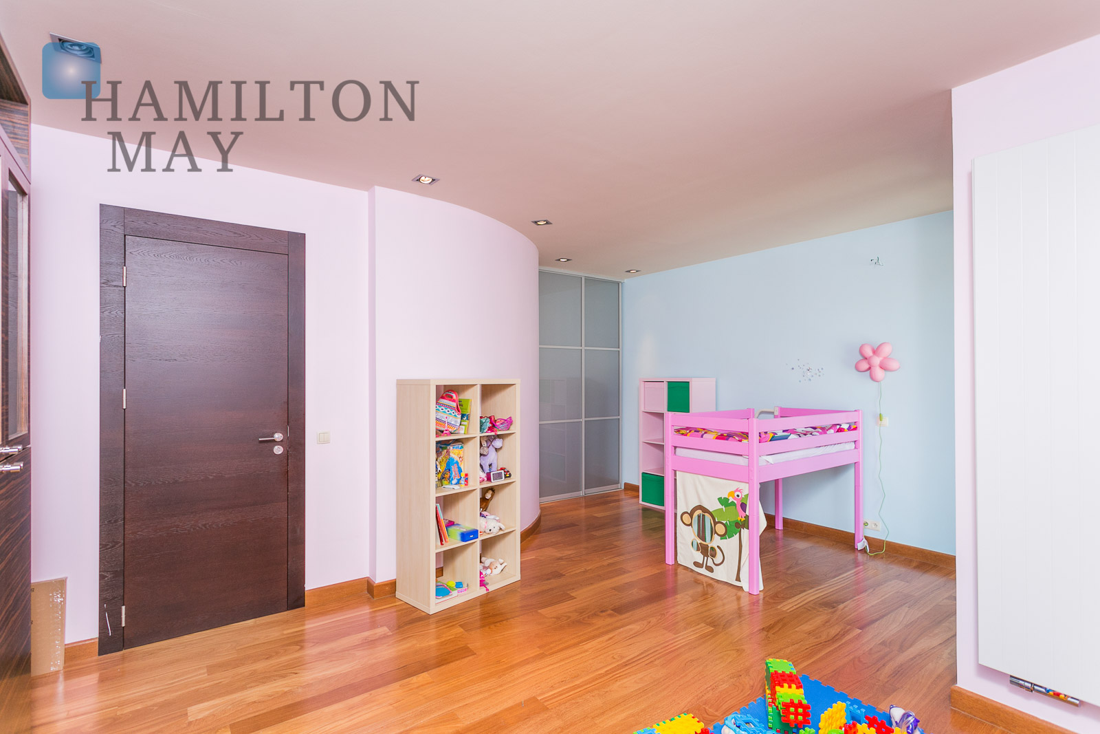 A family house in quiet part of Old Bielany Warsaw for rent