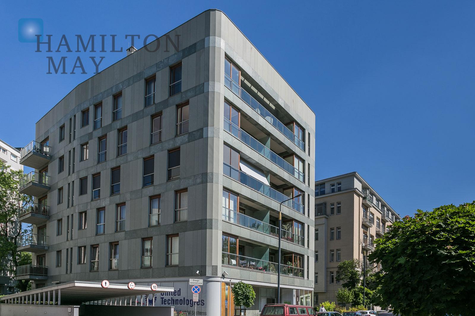 Wygodny, jasny i przestronny apartament z pięknym widokiem na park na Powiślu Warszawa na wynajem