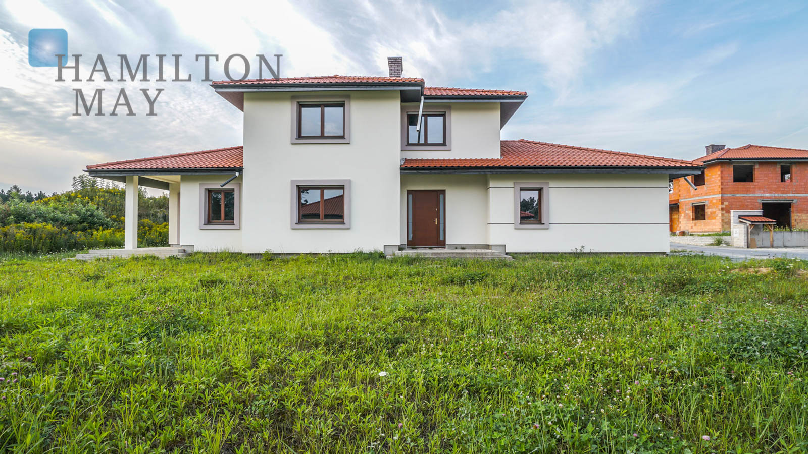 Beautiful, high standard family house situated in a discreet settlement Type B Warsaw for sale