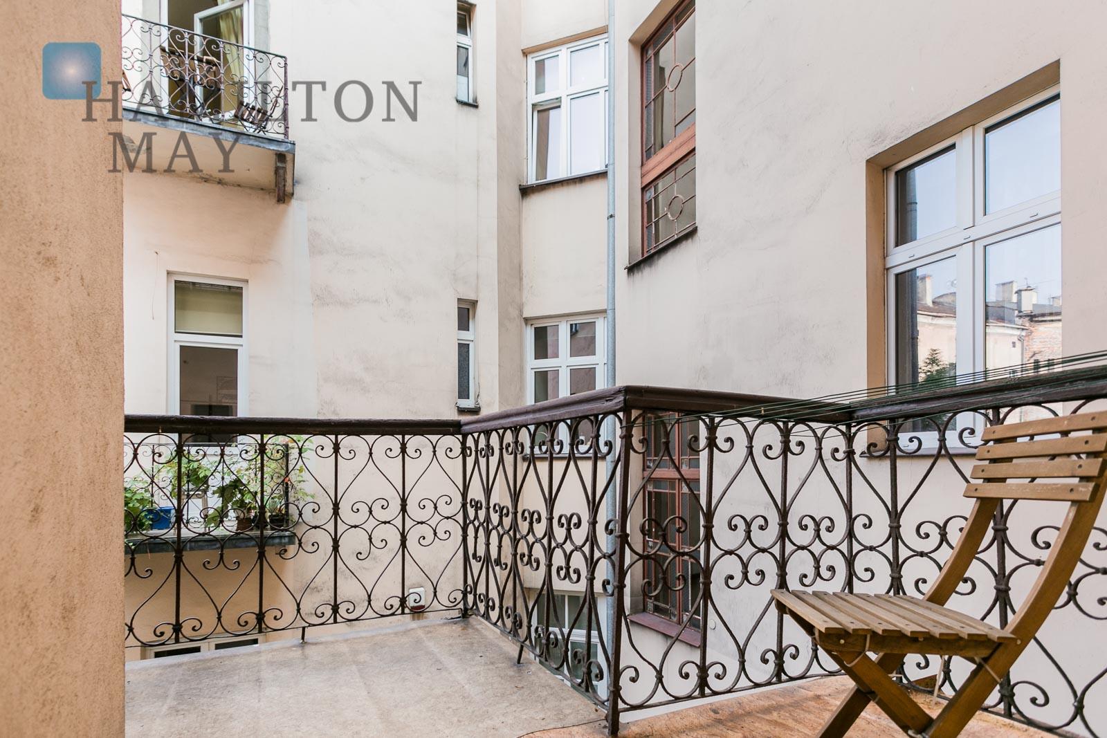 One bedroom apartmet opposite the Wawel Royal Castle Krakow for rent