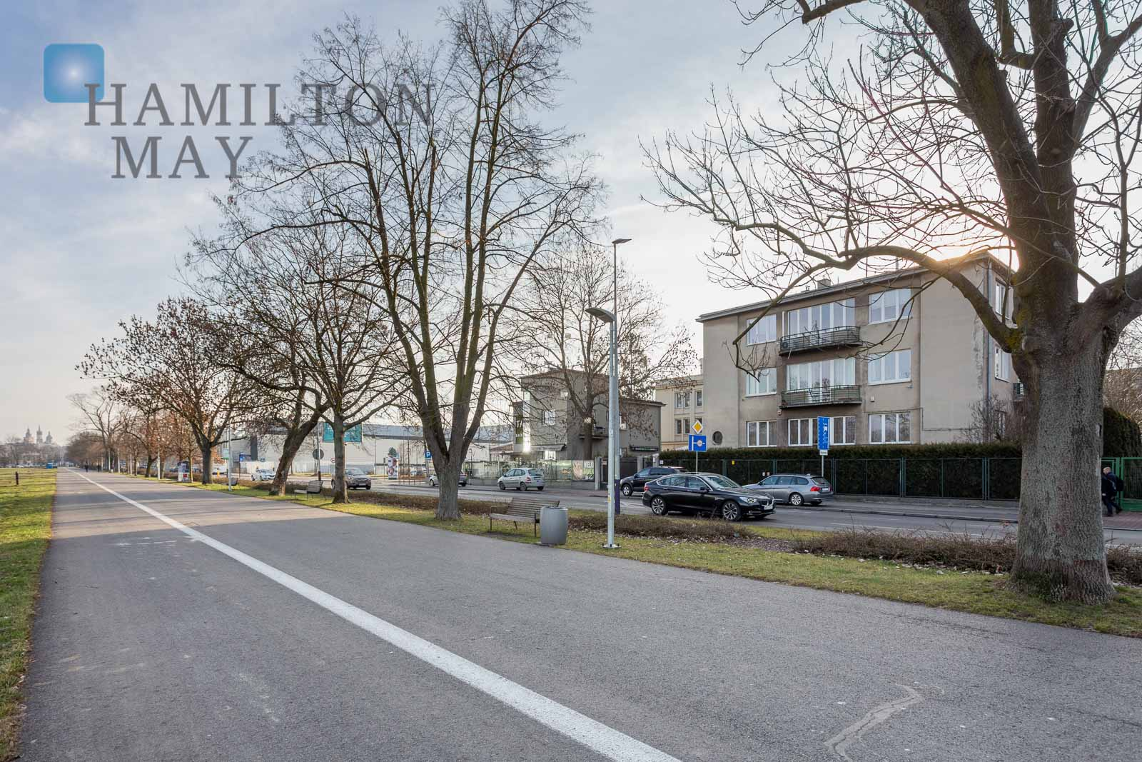 Modern, air-conditioned apartment with a view over Błonia Krakow for sale