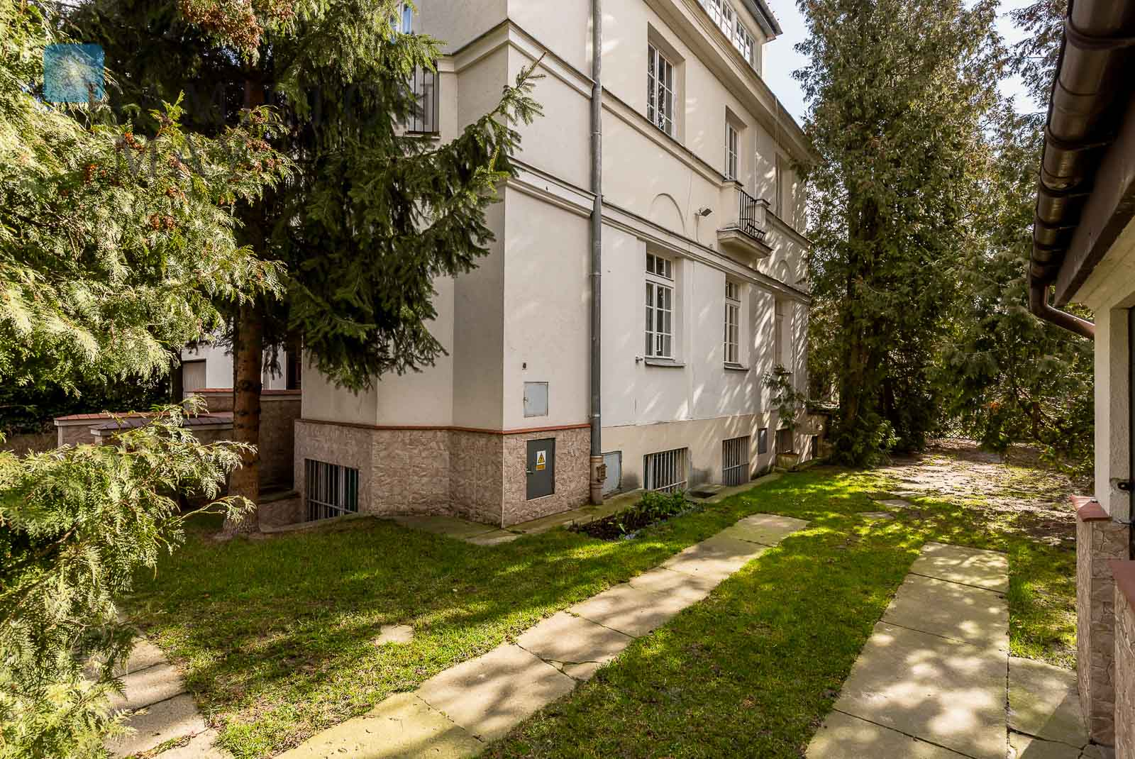 A superbly located house in Mokotów Warsaw for rent